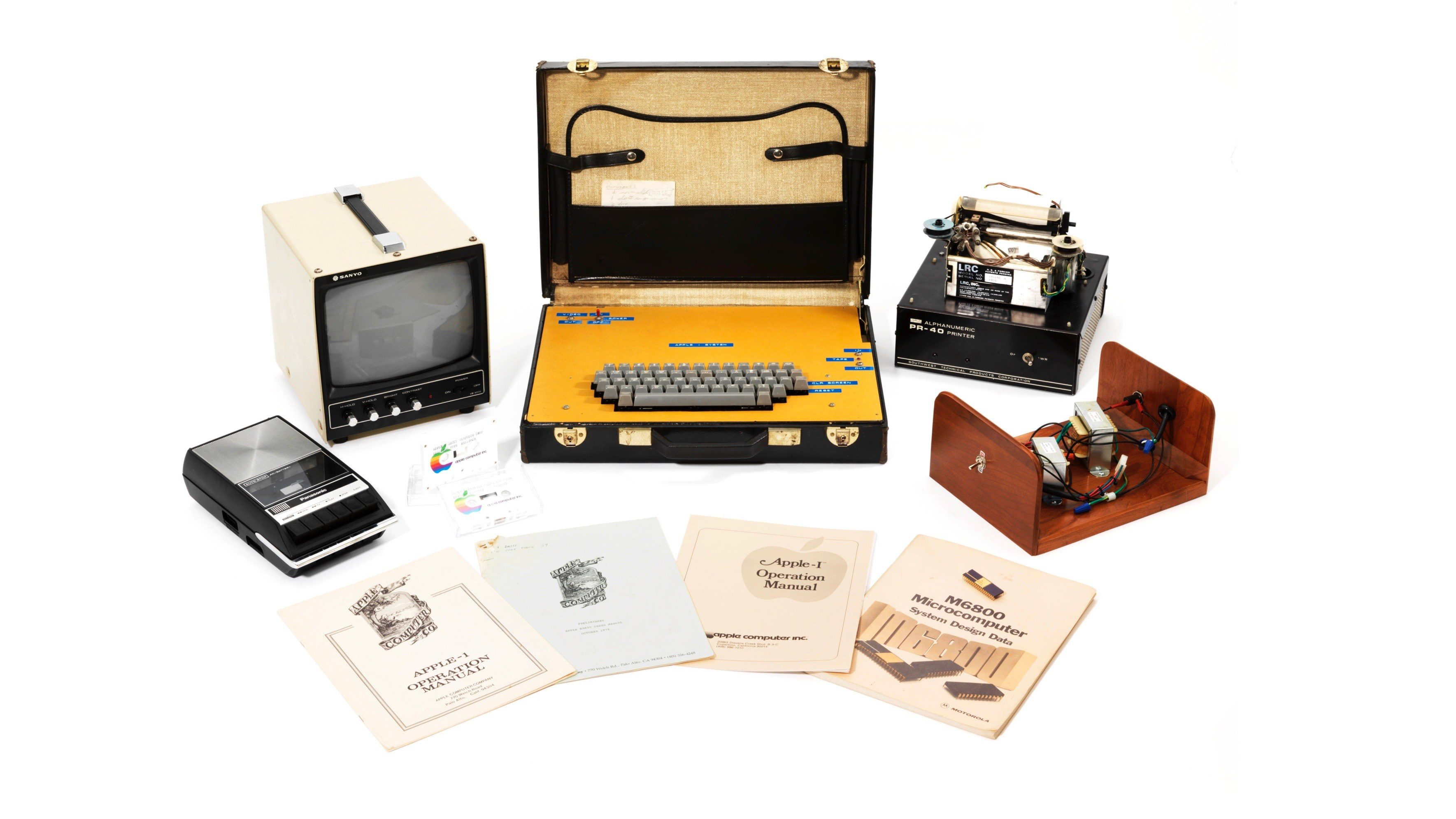 9to5mac.com - Chance Miller - Functioning Apple-1 with unique accessory lot sells for $471K at auction