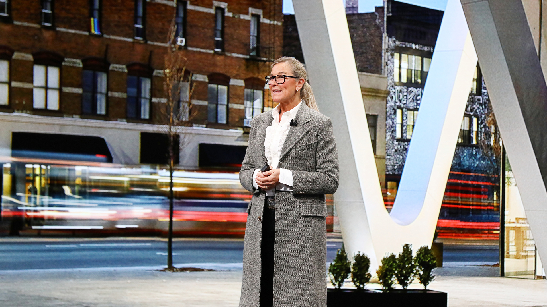 Angela Ahrendts joins Airbnb's board of directors after leaving Apple