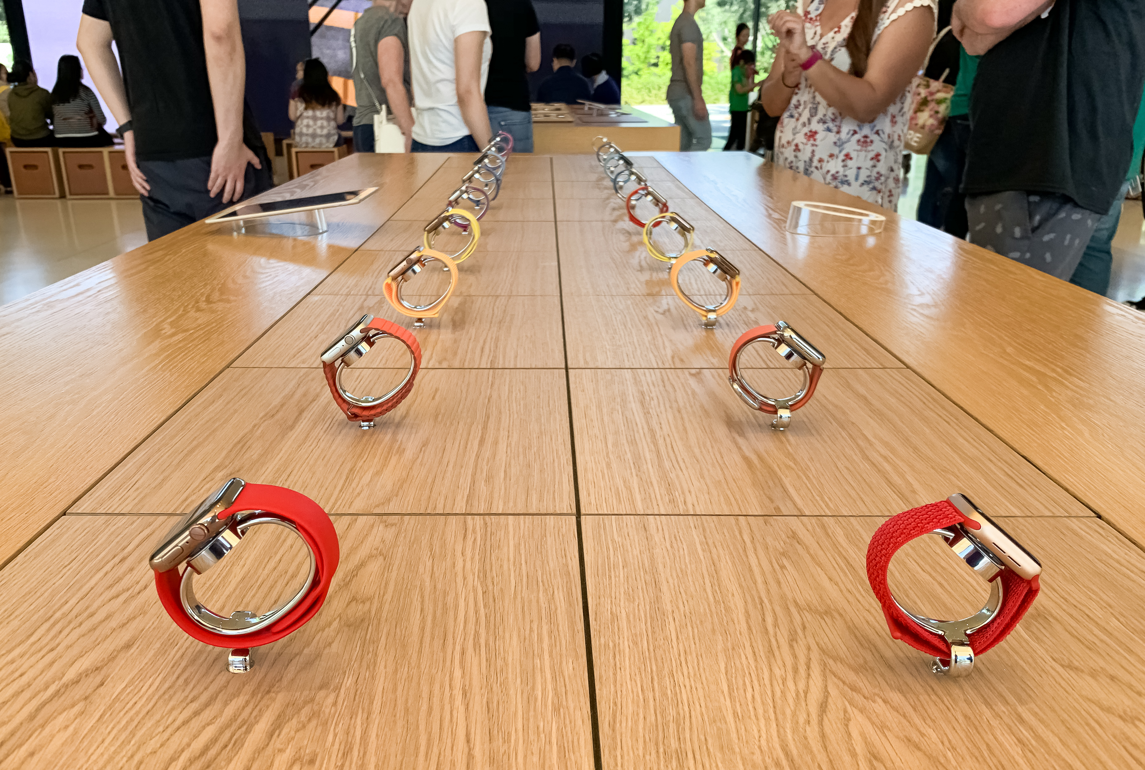 Apple Watch Collection Table