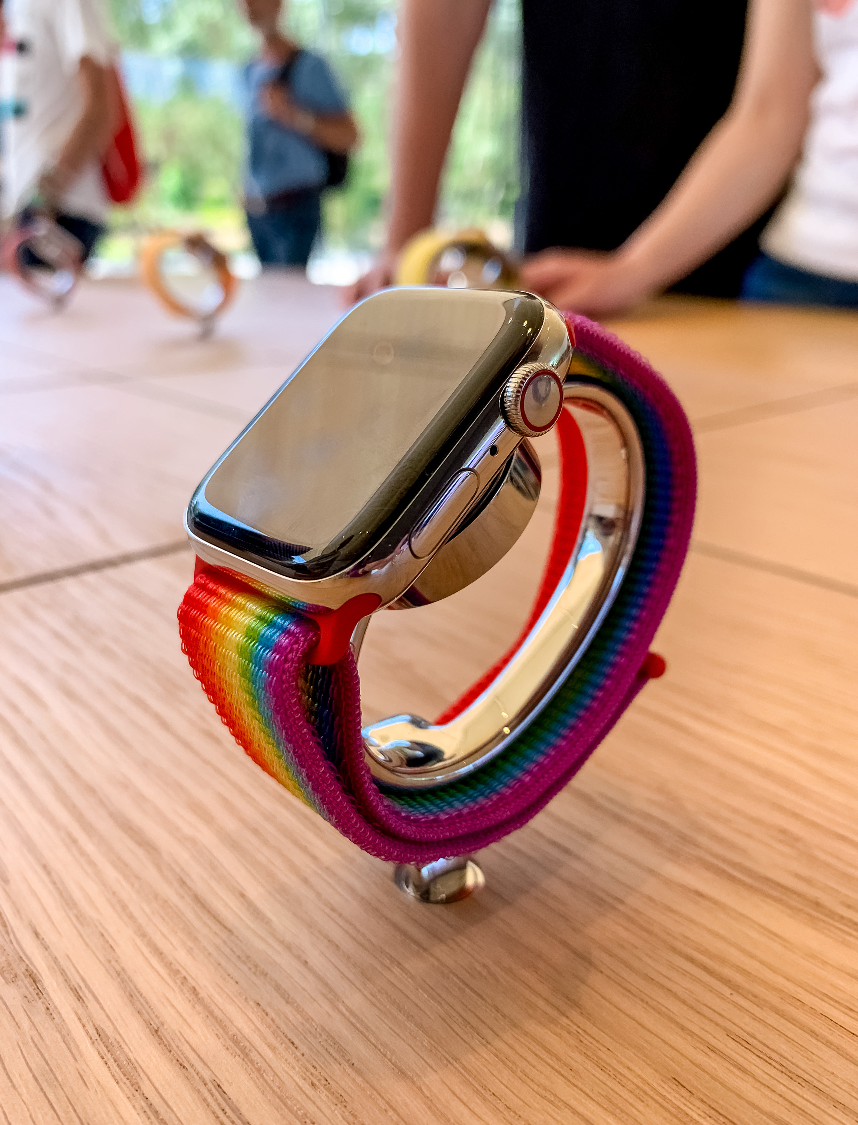 Apple Watch Pride Display