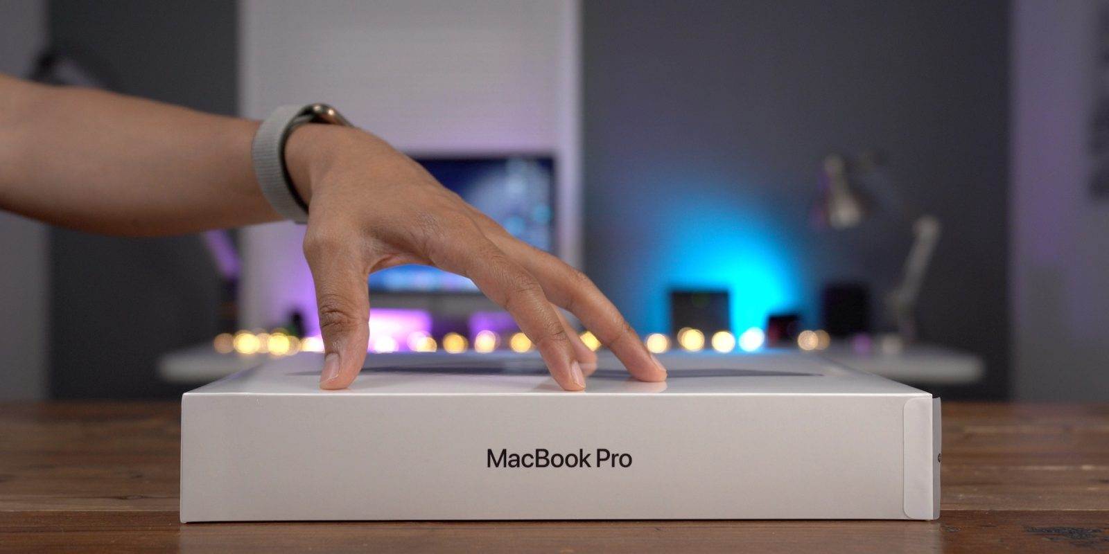 9to5Rewards: Win a MacBook Pro + 60% off Infinity Magnetic Cable [Giveaway]