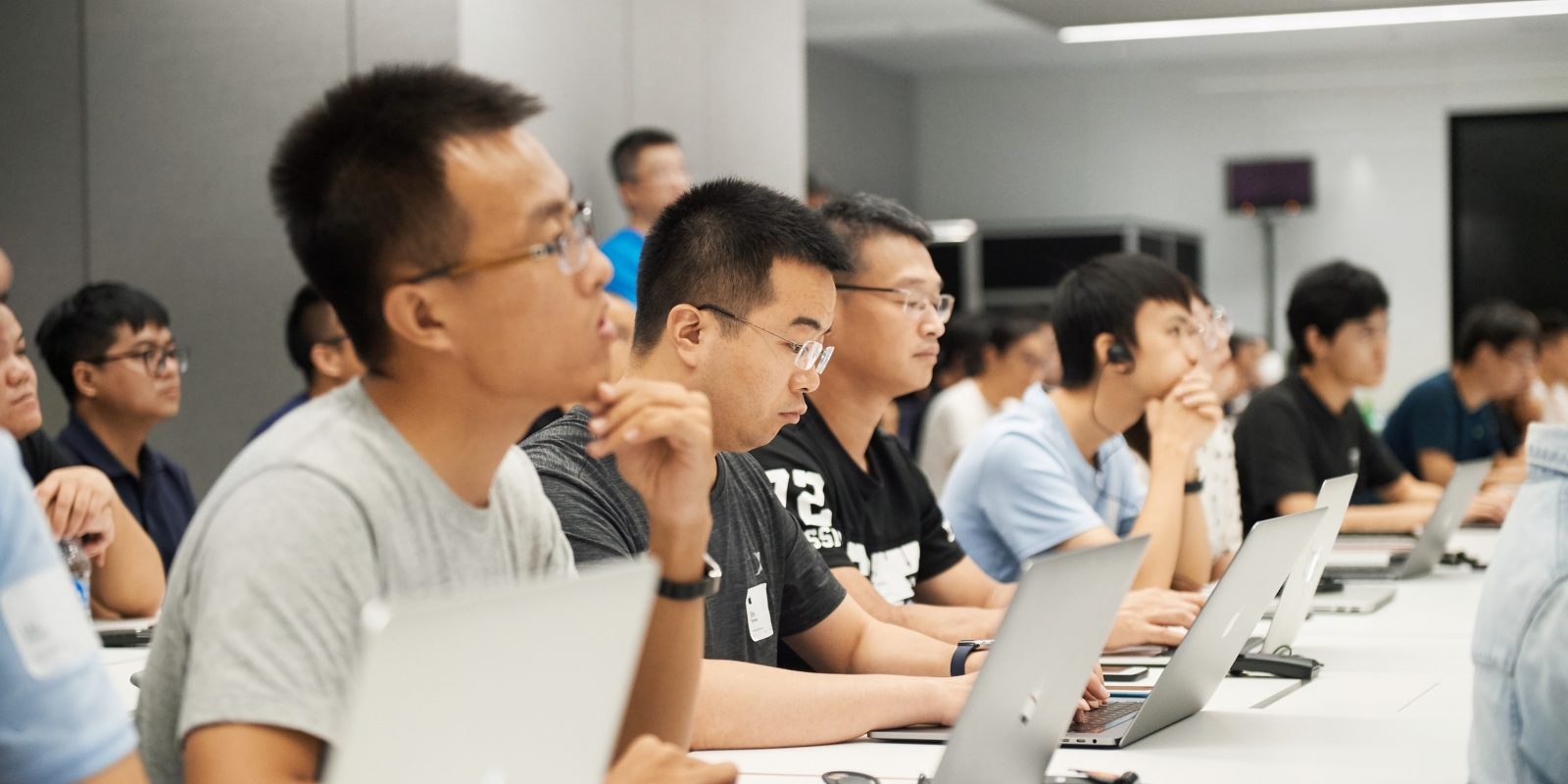 Apple launches developer accelerator program in Shanghai, China