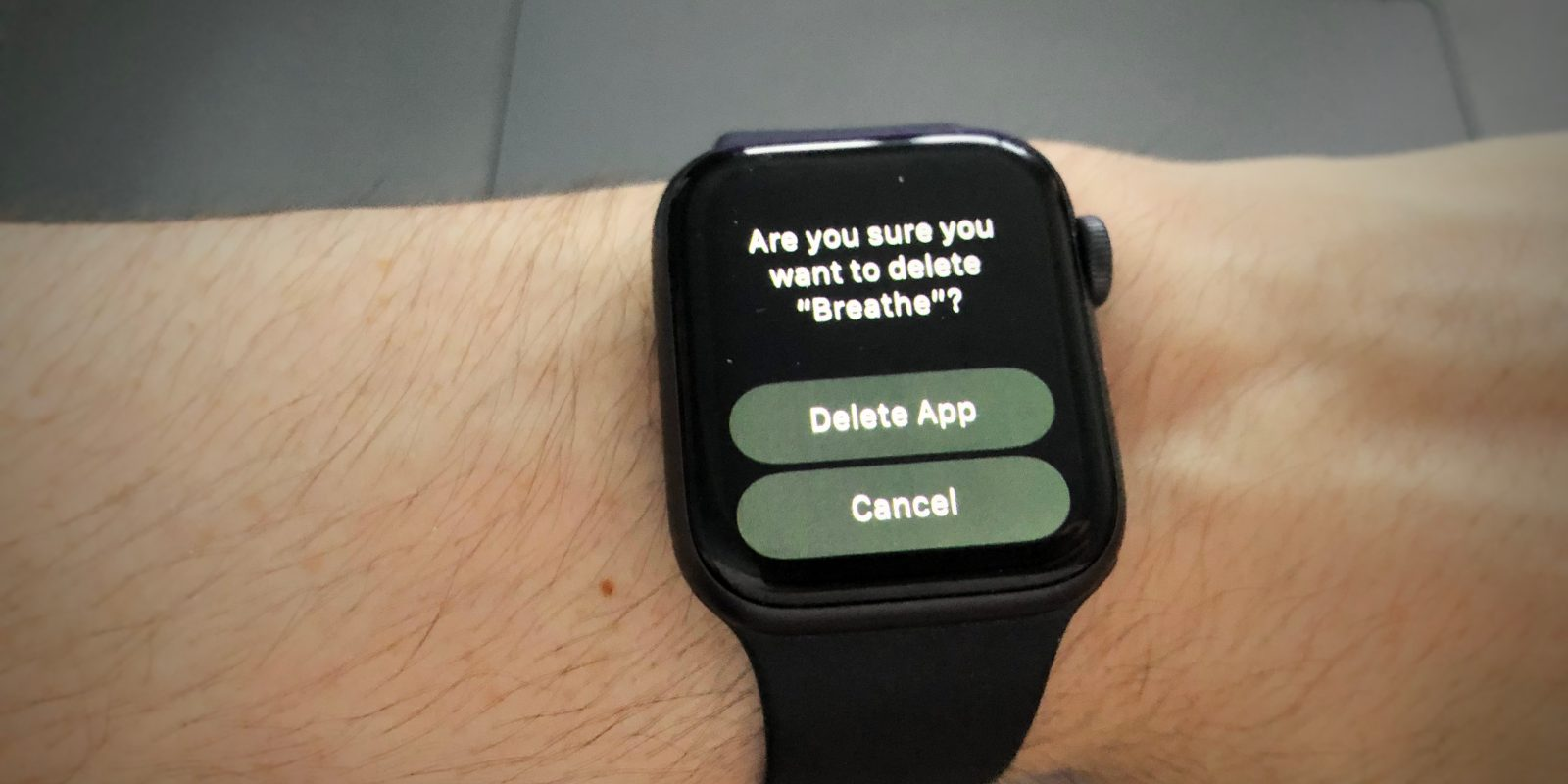 f0fbda6c7 With the release of watchOS 6 beta 3, Apple Watch owners are now able to  delete (some) stock apps from their devices, allowing users to clean up  their ...