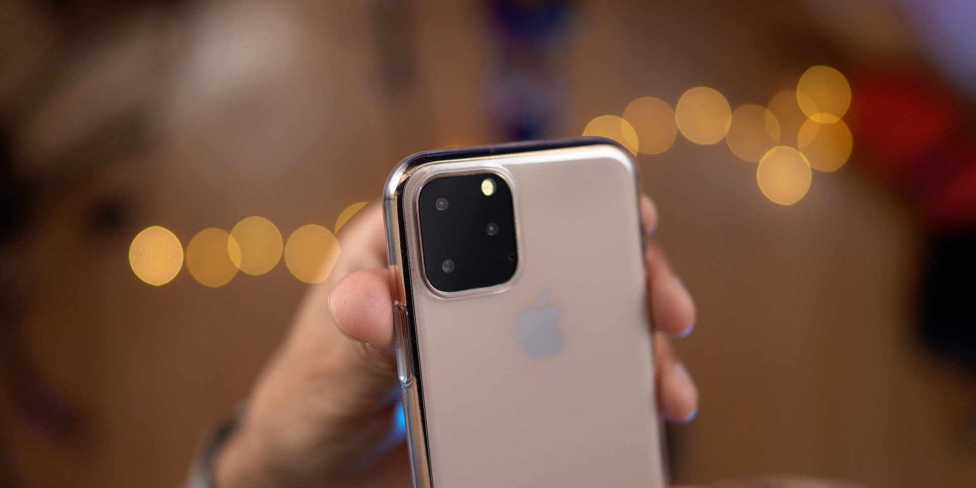 Maquete do iPhone 11 no caso