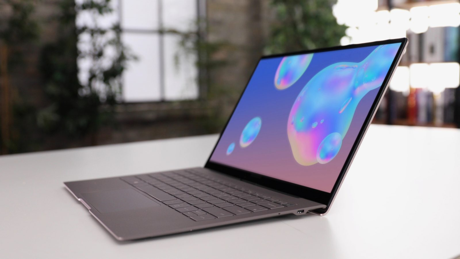 Samsung's Galaxy Book S is an ARM-based MacBook lookalike with LTE, 23-hour battery life, more