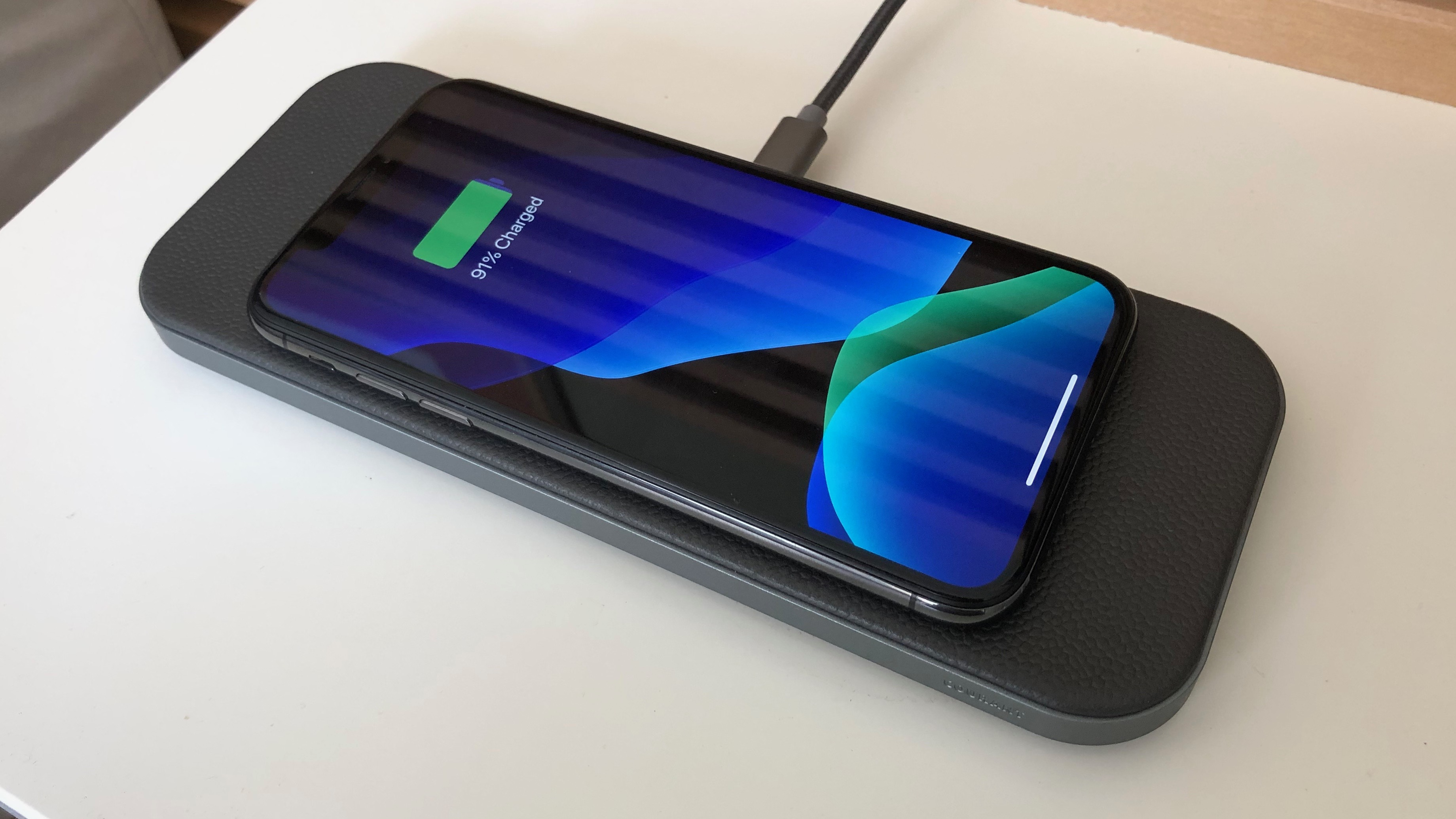 Courant Catch:2 premium iPhone wireless charger