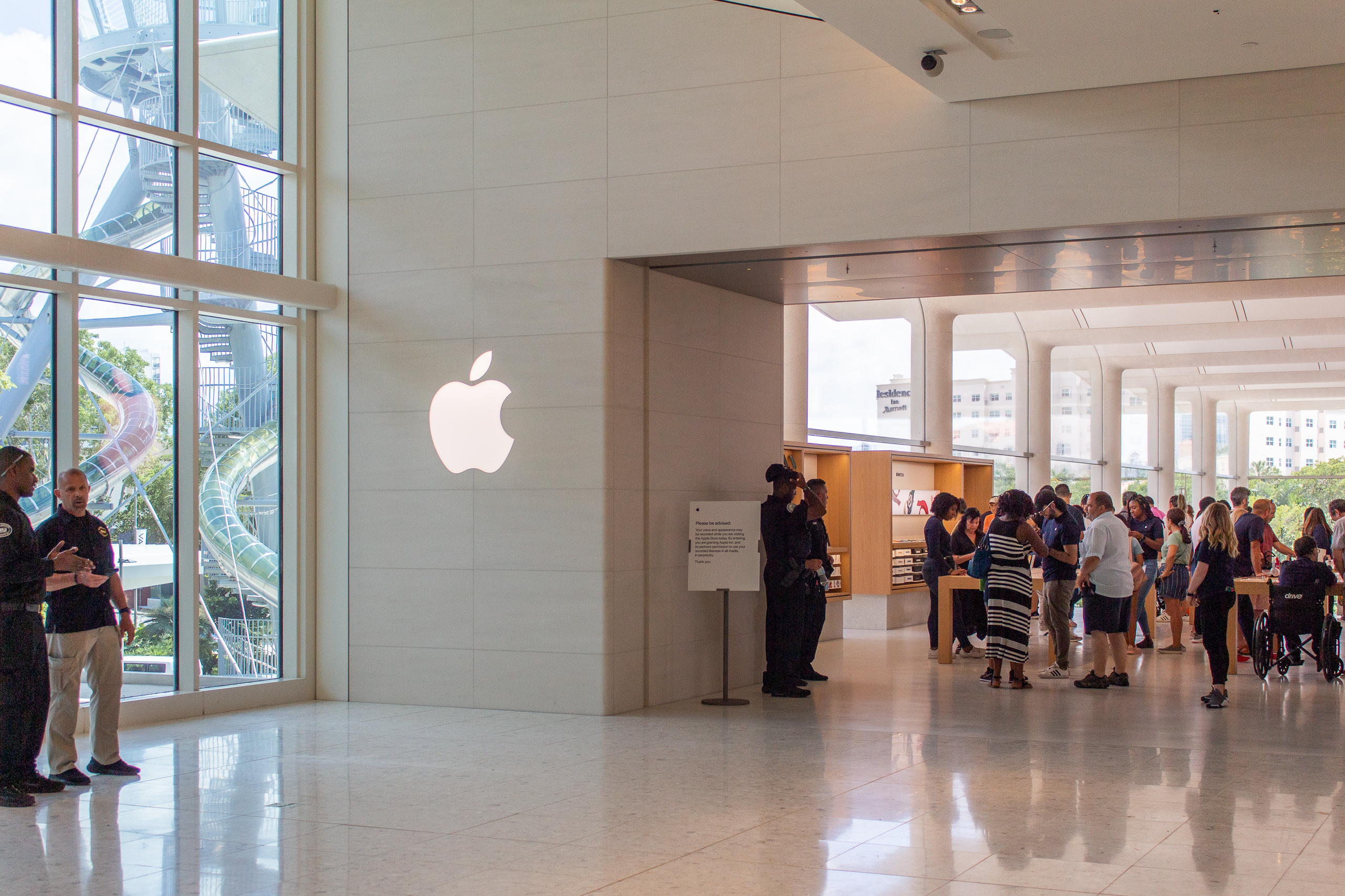 Aventura S New Apple Store Grand Opening Photos And Details 9to5mac