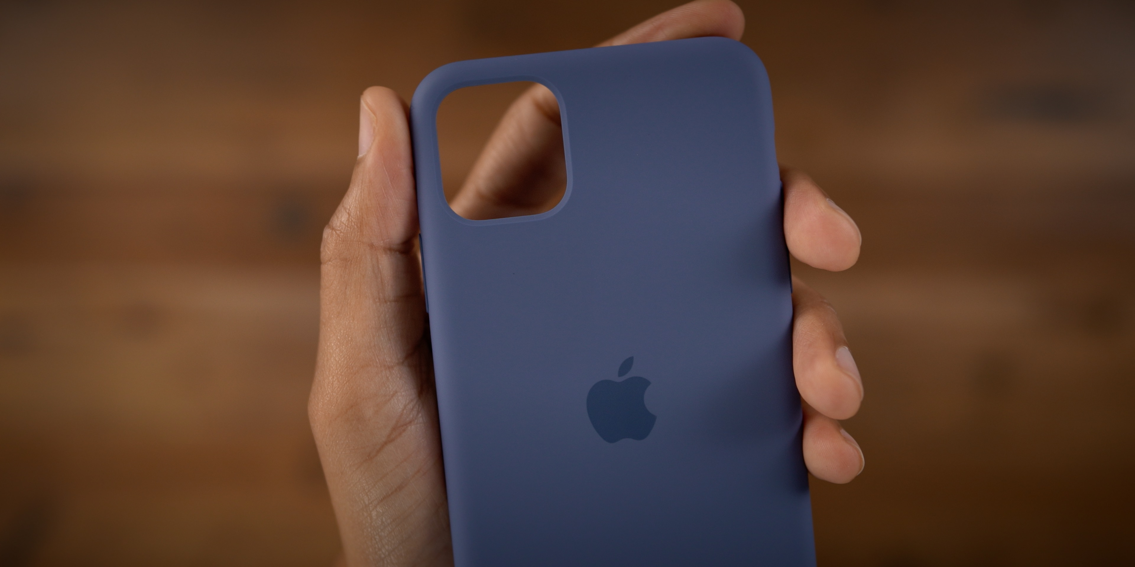 iPhone 11 Pro Max: hands on with every official Apple case [Video]