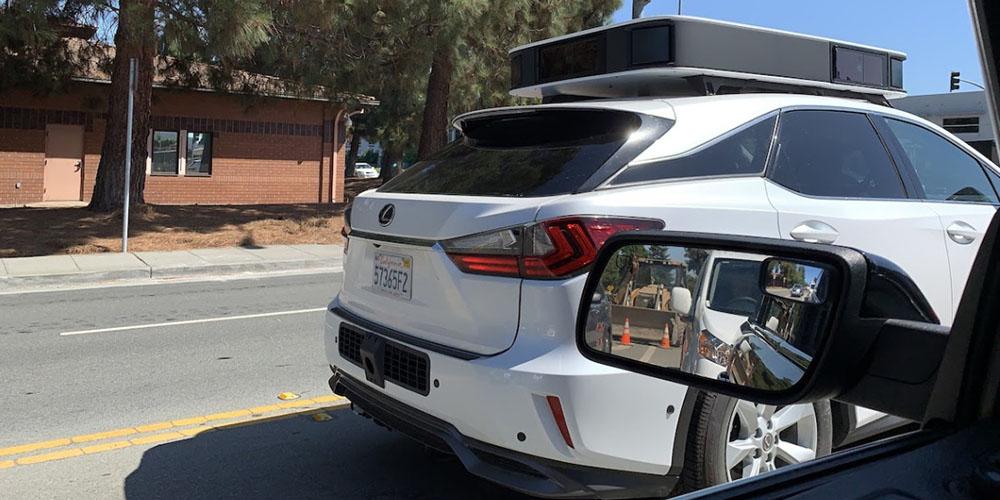 Apple autonomous car spotted with new sensors