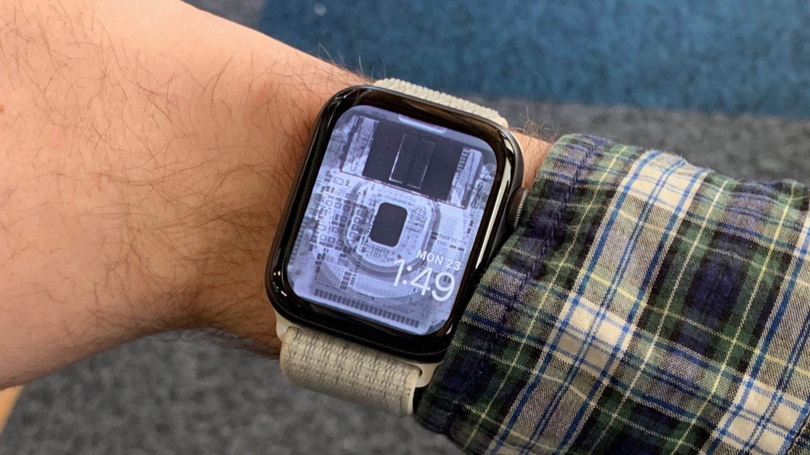 Get a look inside your Apple Watch with iFixit's new X-ray and internal wallpapers