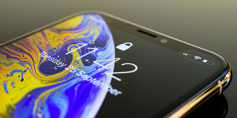 Apple iPhone 13 Samsung OLED