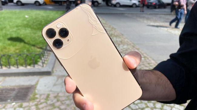 iPhone 11 drop test