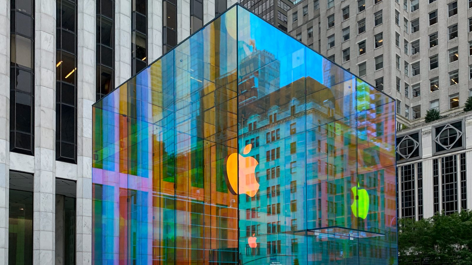 Apple Fifth Avenue Glass Cube Reopening September 20 In