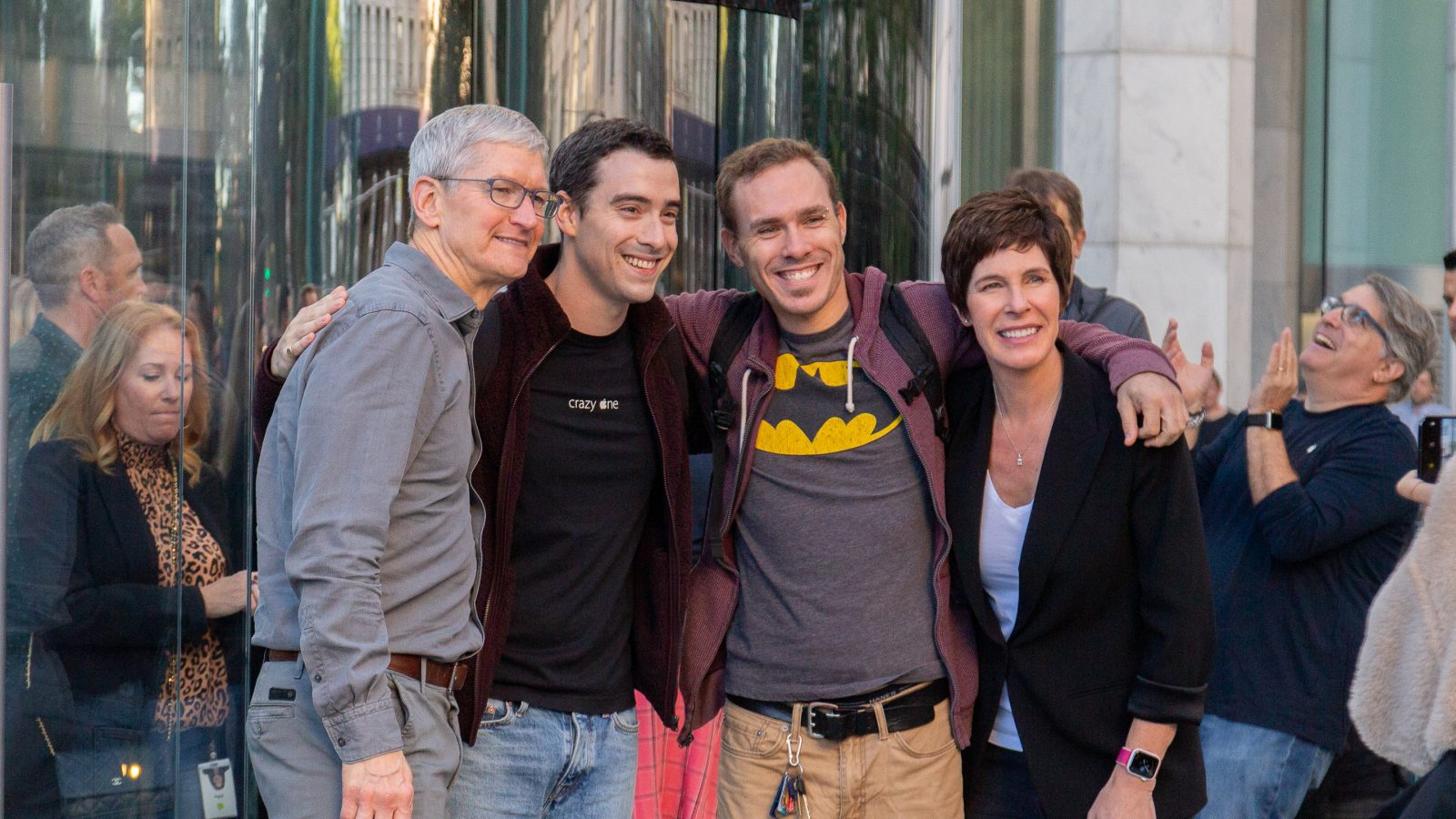 Reopening photos: Apple Fifth Avenue in people and products