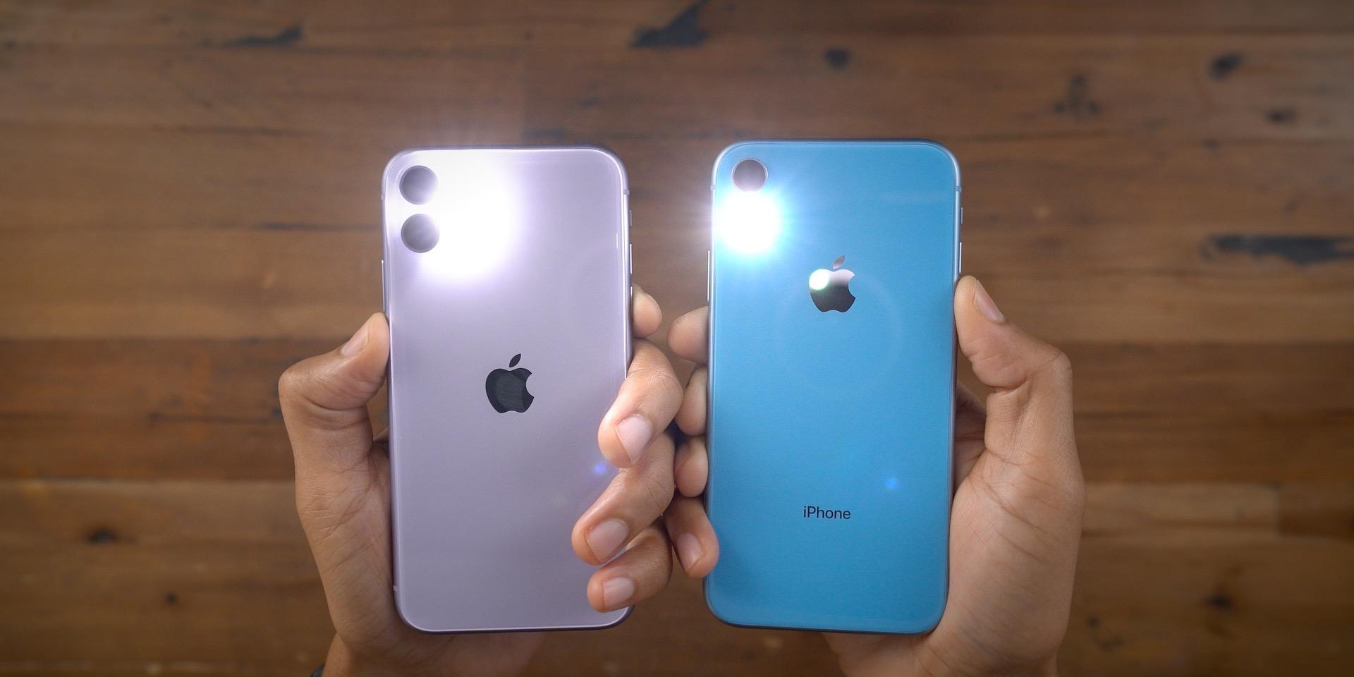 iPhone 11 True Tone Flash vs iPhone XR