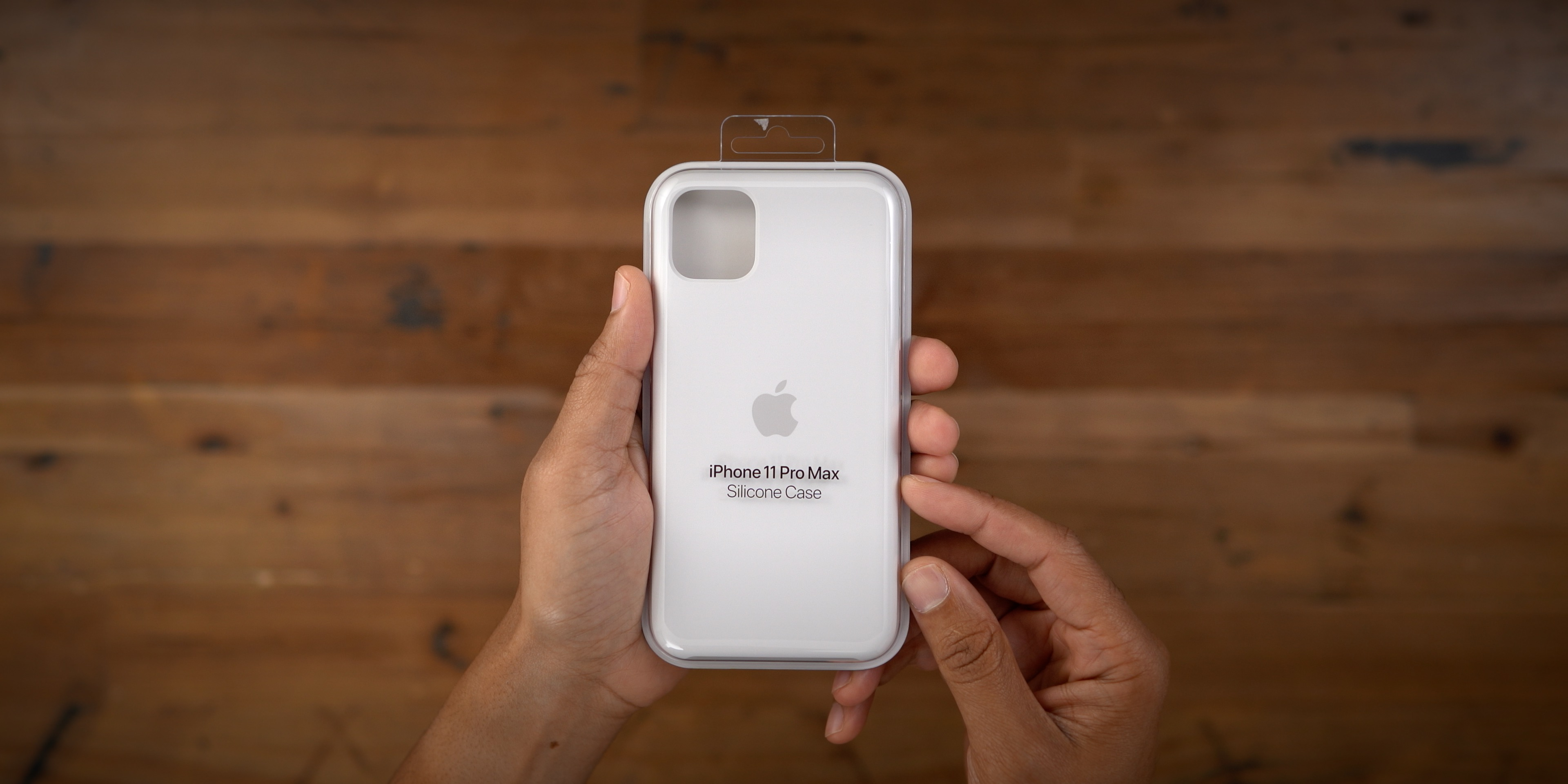 iPhone 11 Pro Max hands on with every official Apple case