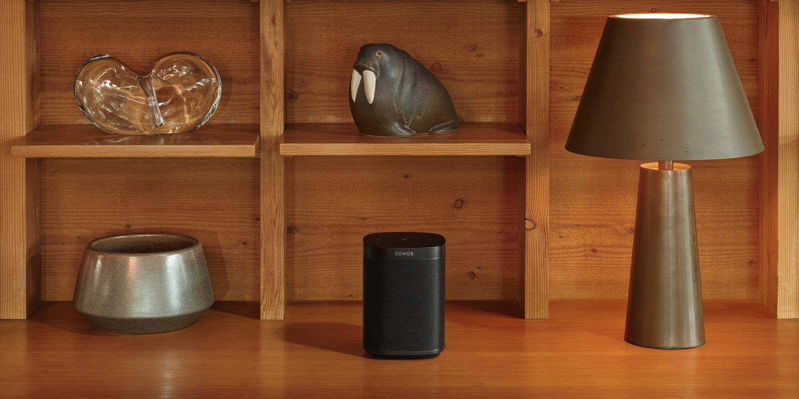 Apple selling Sonos without Alexa or Assistant as speaker company says Google and Amazon stole patents
