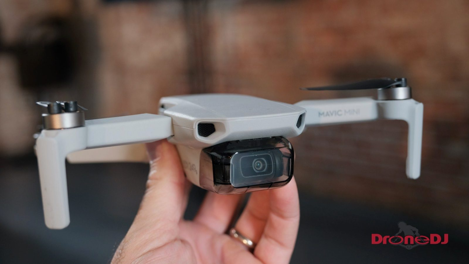 Apple turns to drone and aviation specialist for Washington DC lobbying efforts