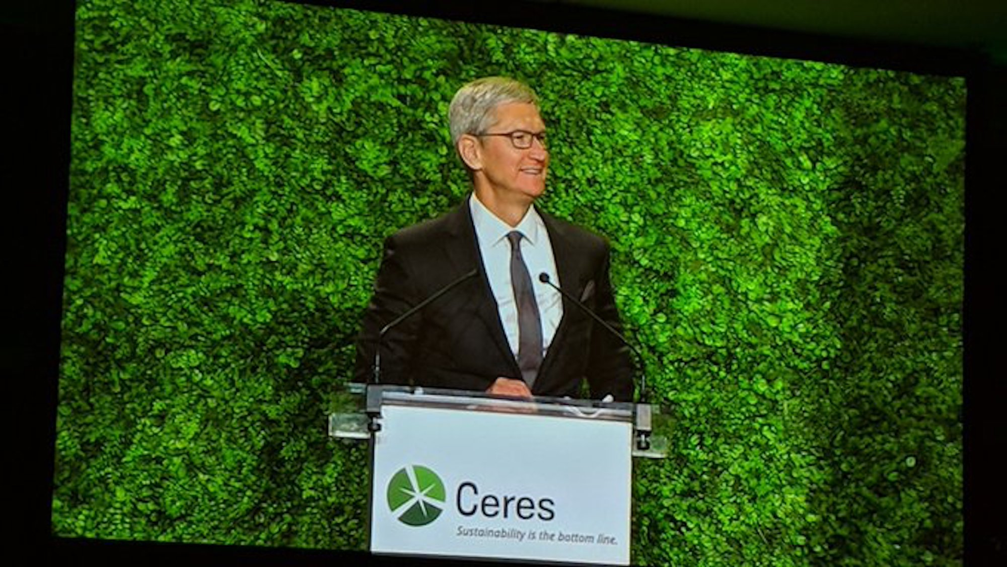 photo of Tim Cook delivers keynote address at Ceres sustainability gala in New York City image