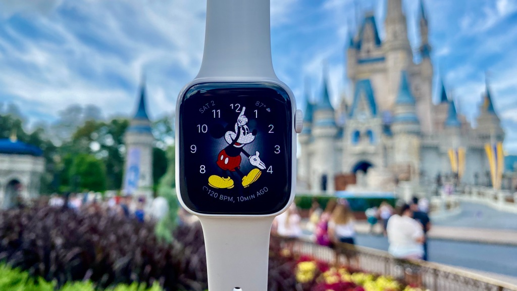Running Disney Wine and Dine Half Marathon with Apple Watch Series 5 and AirPods Pro