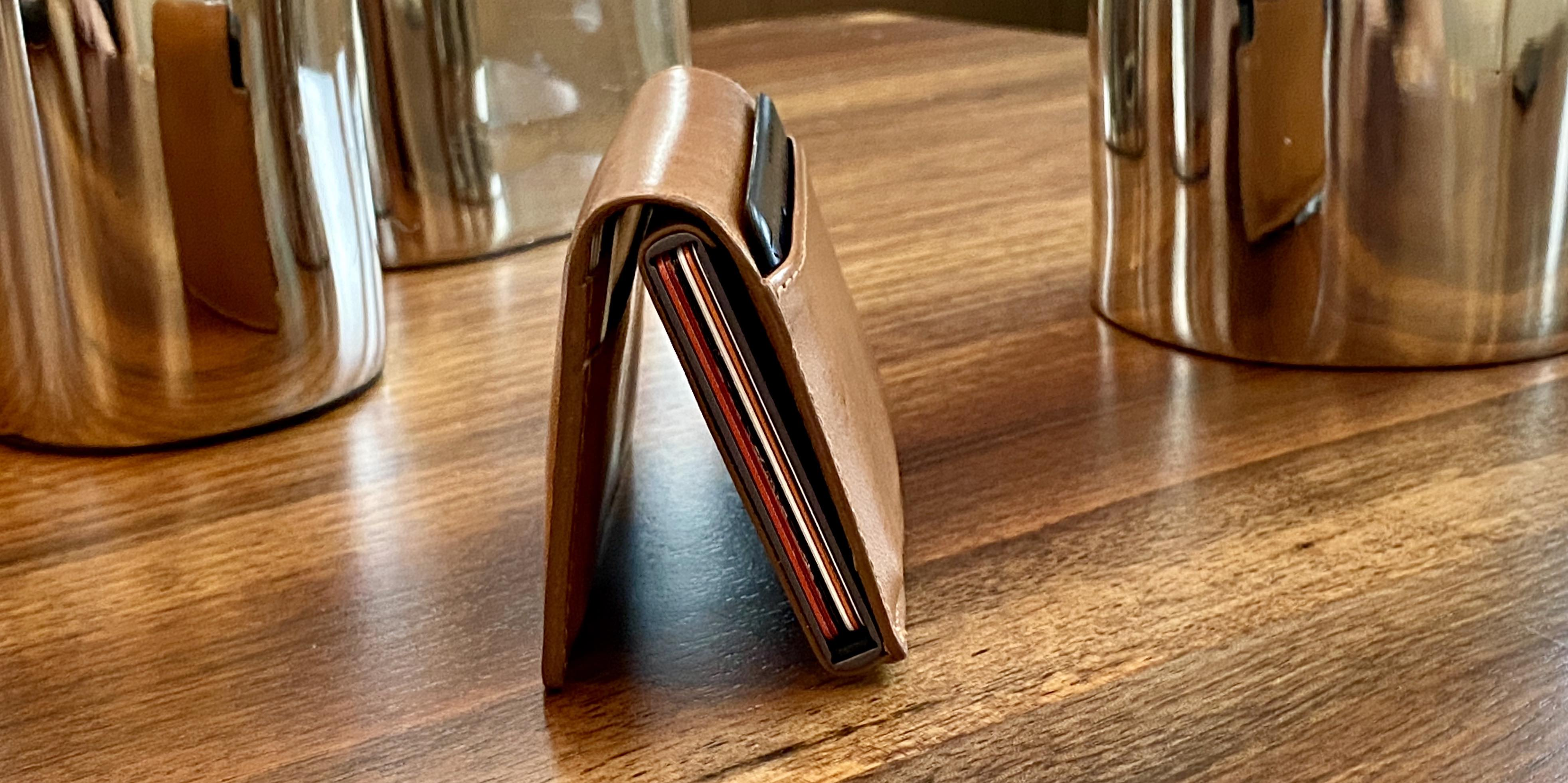 Ekster smart Siri wallet review quick access mechanism