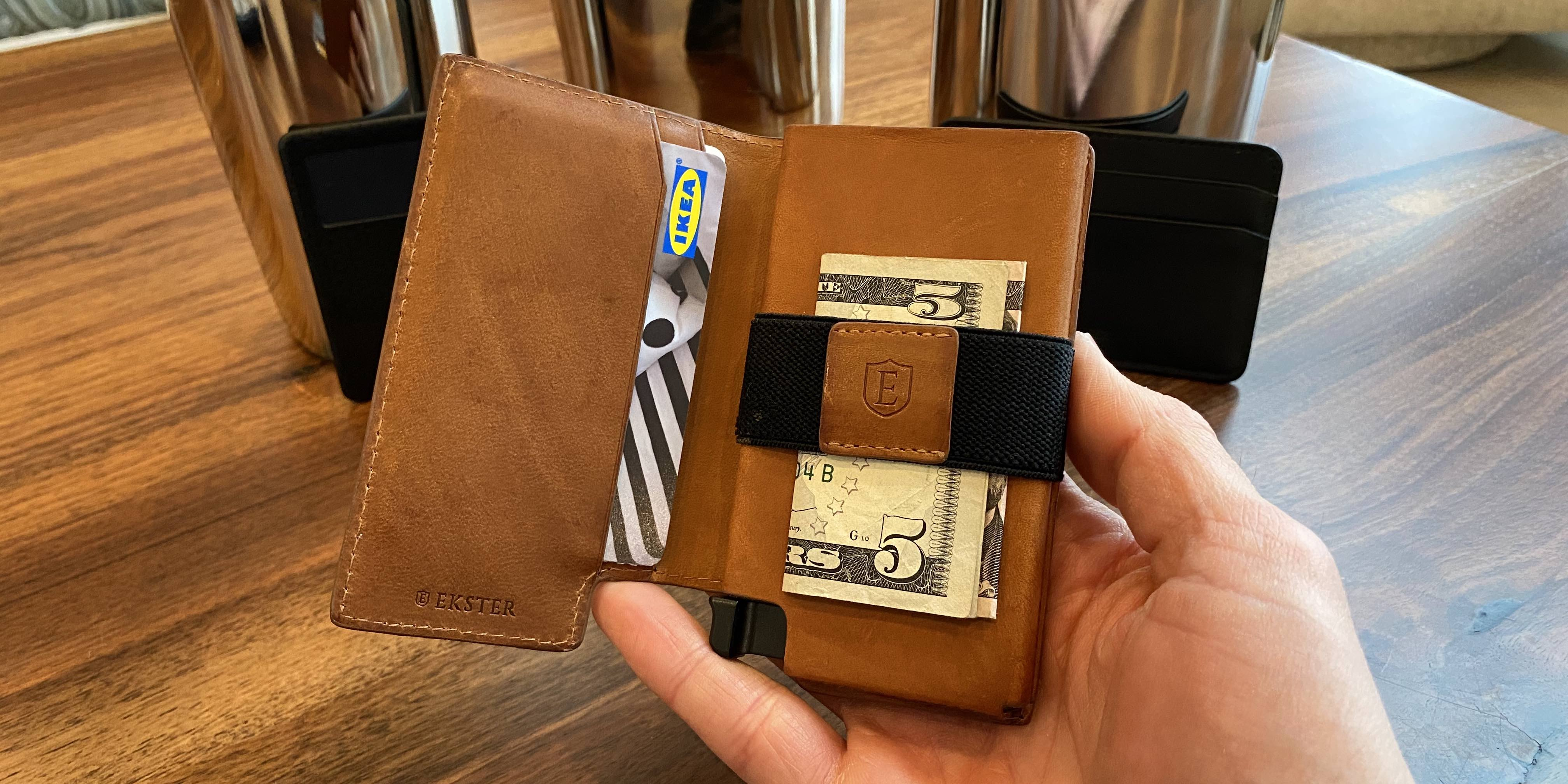 Ekster smart Siri wallet review inside view