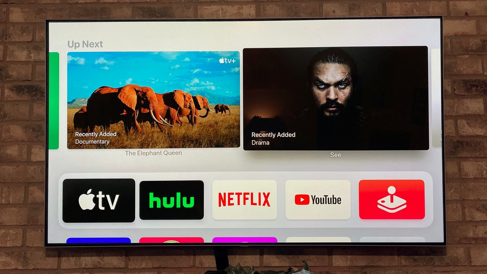 tvOS 13.3 adds setting to put back the Up Next queue on the Apple TV Top Shelf