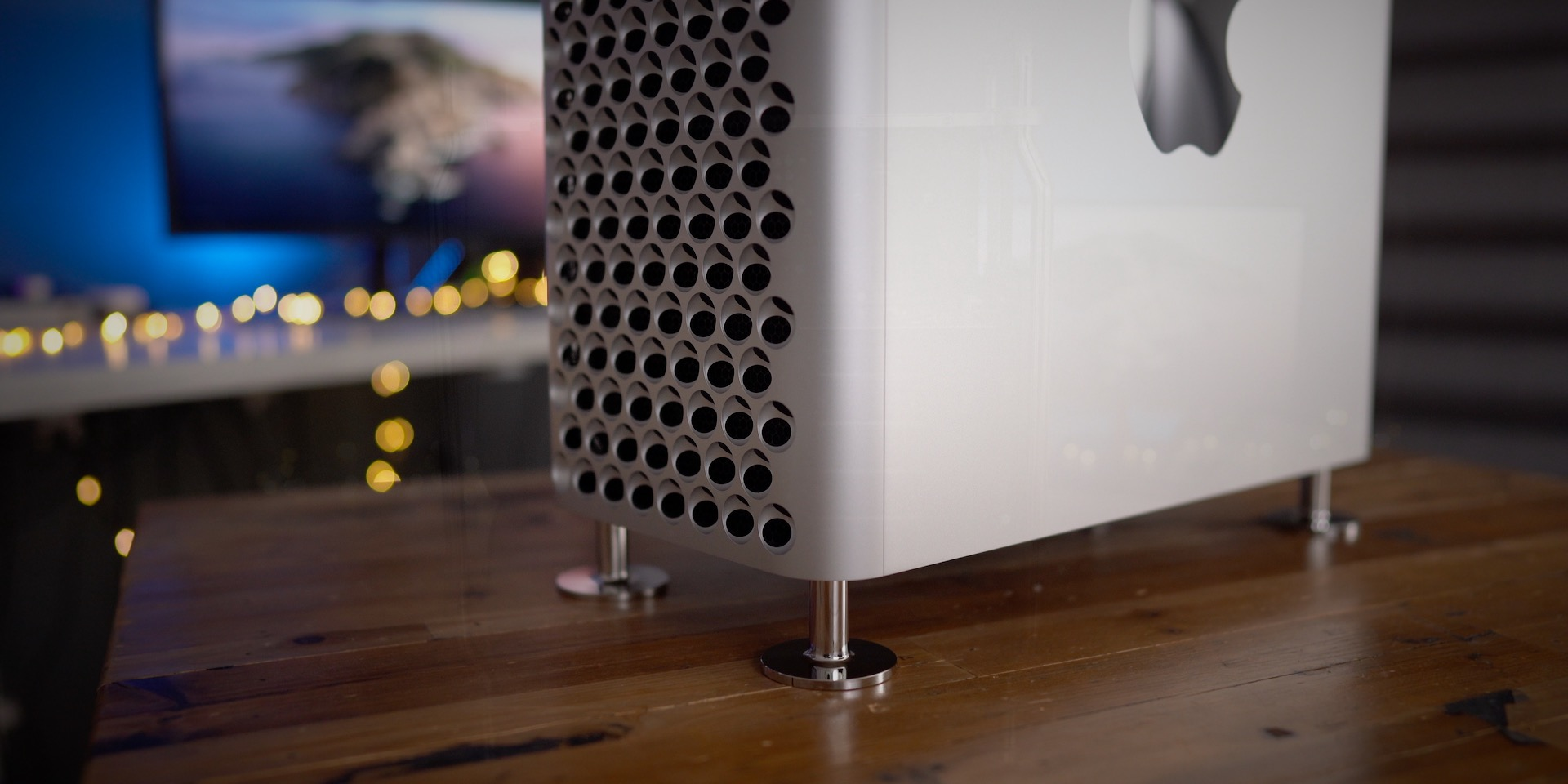 Apple says Mac Pro wheels will eventually be available as a standalone customer-installable kit