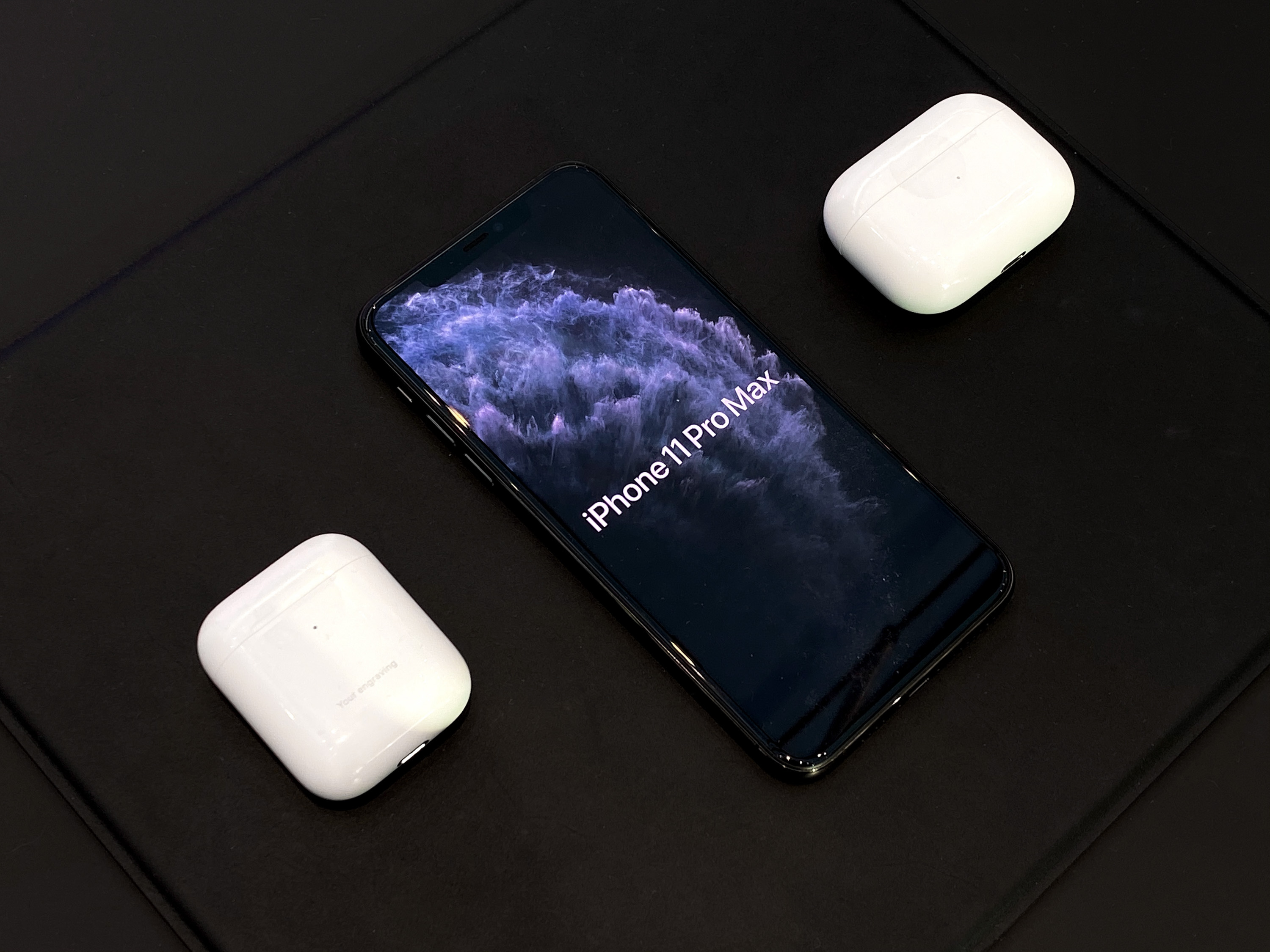 AirPods Pro try-on table