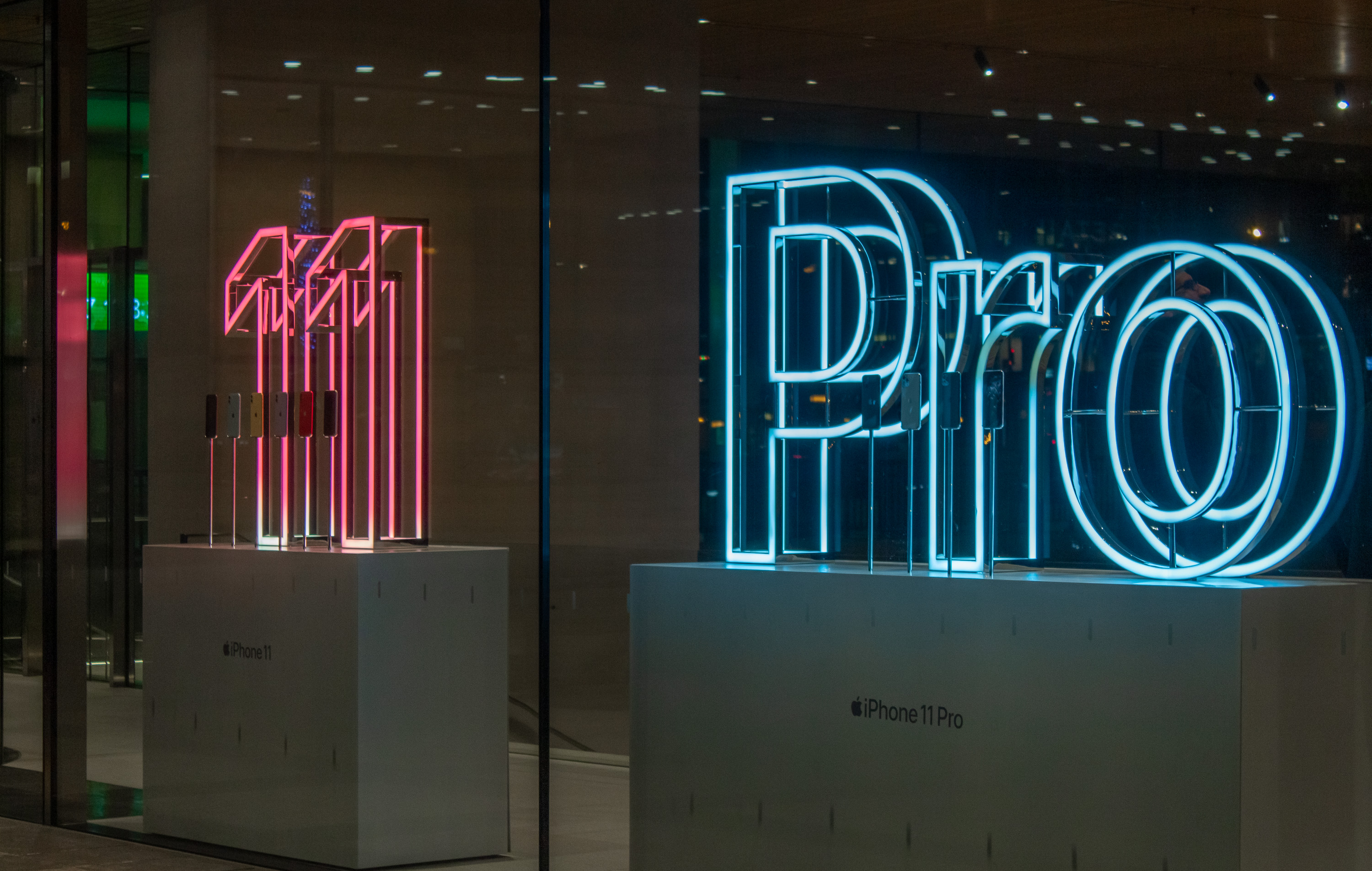 iPhone 11 and Pro Apple Store window displays
