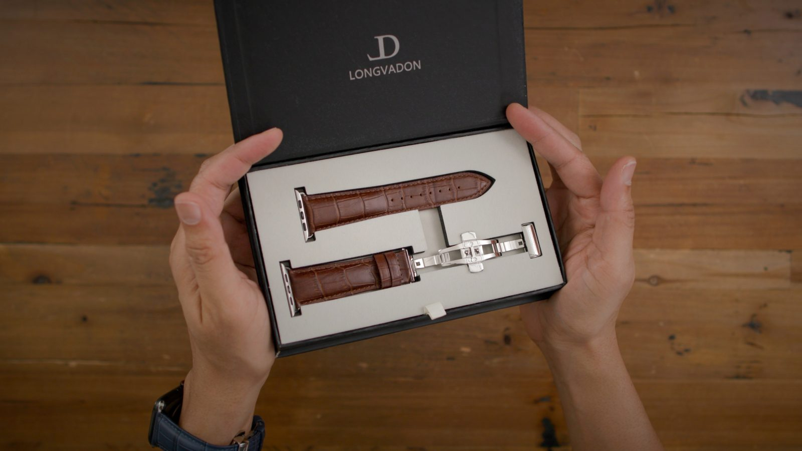 Upgrade your Apple Watch w/ Longvadon's timeless watch bands 15% off
