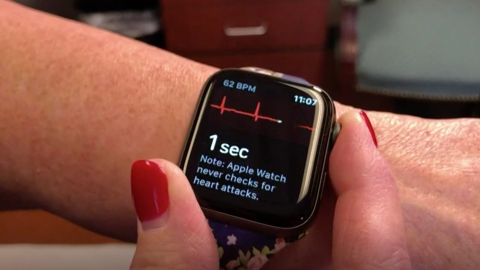 Kentucky woman credits gifted Apple Watch with detecting AFib while asleep