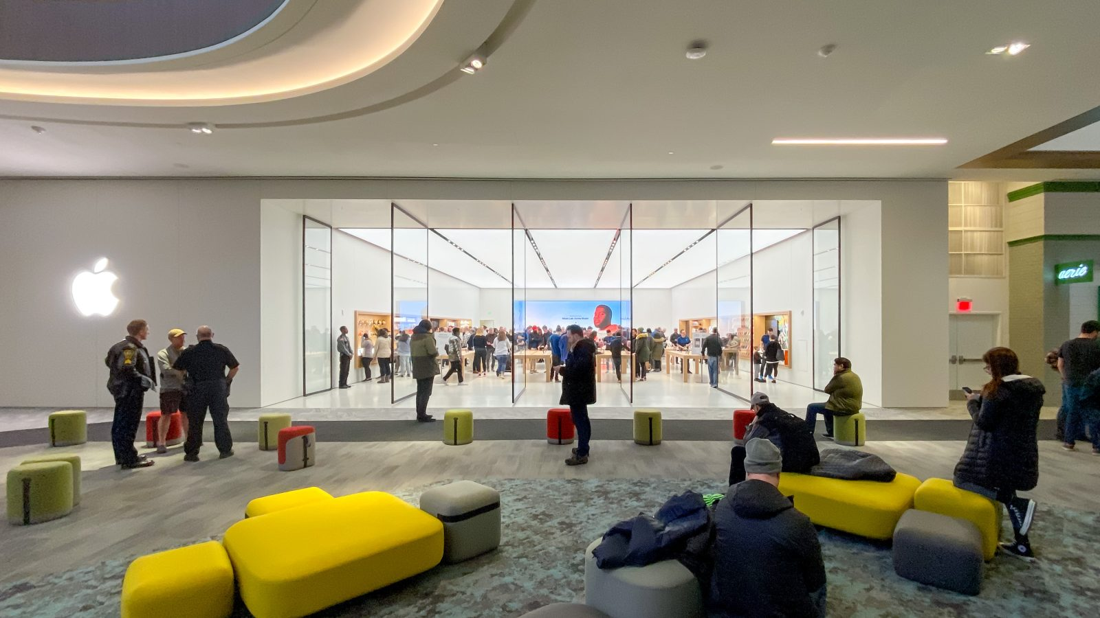 Photos: Apple Store arrives at Norwalk's SoNo Collection