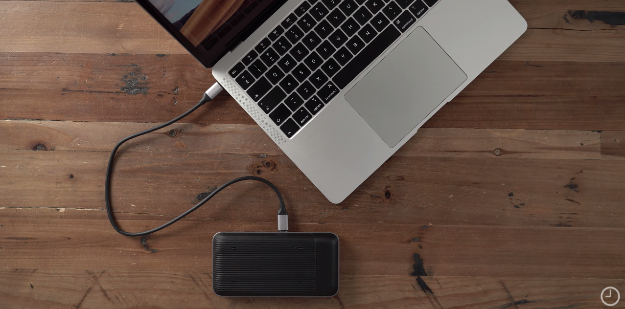 Deal Of The Month Get 50 Off Hyperdrive Wireless Charger Usb Hub Car More