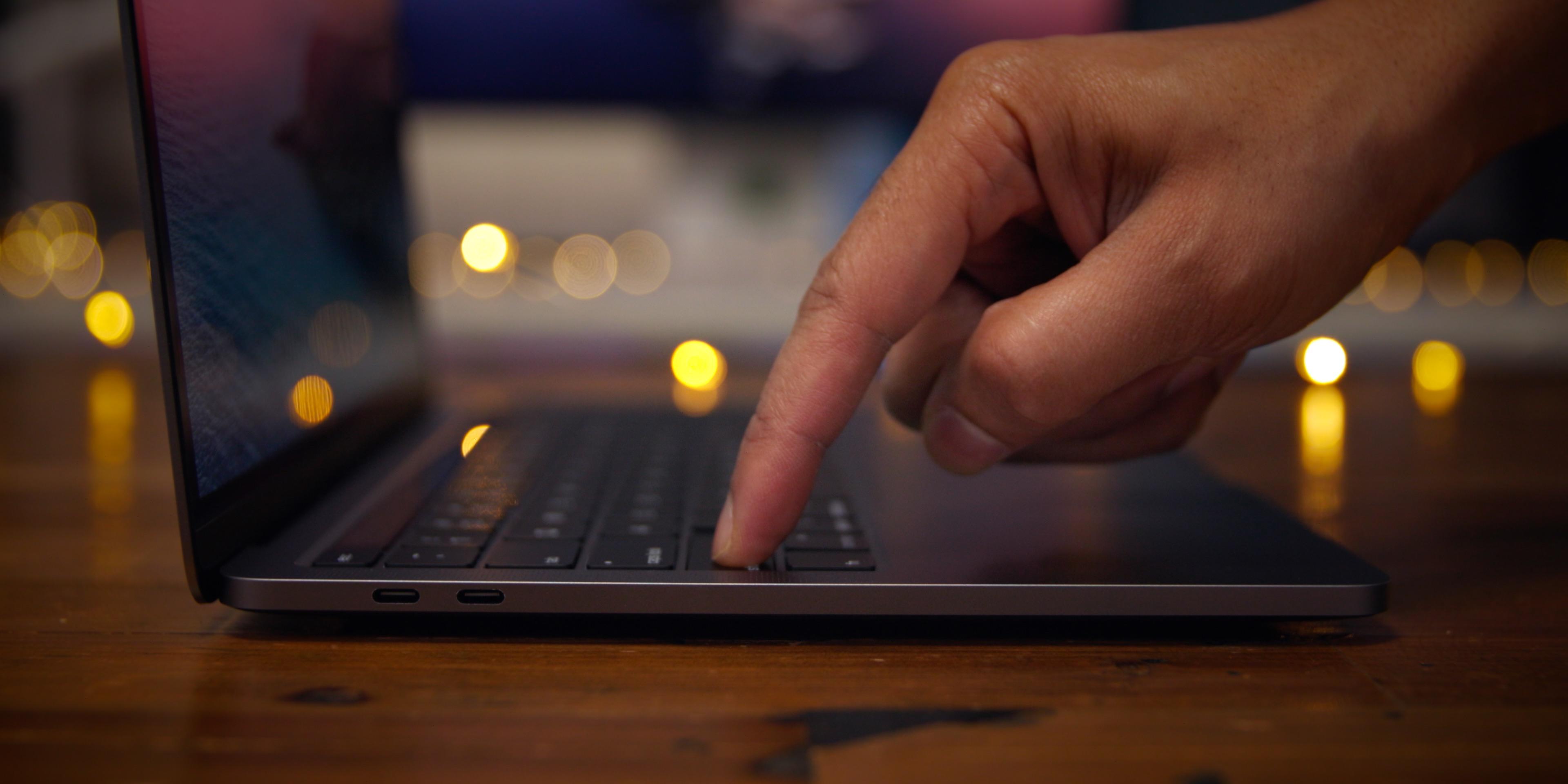 2020 MacBook Pro - Magic Keyboard