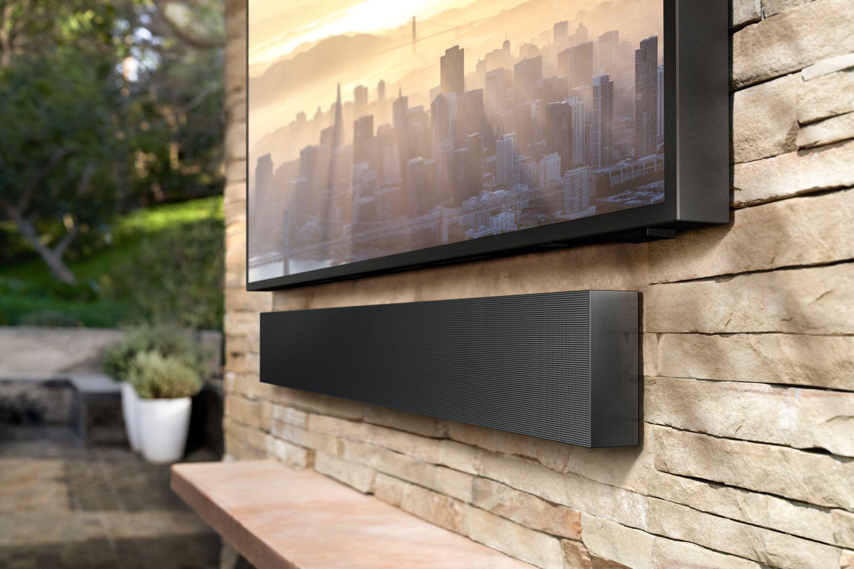 Samsung 4K Outdoor Smart TV Apple TV AirPlay 2
