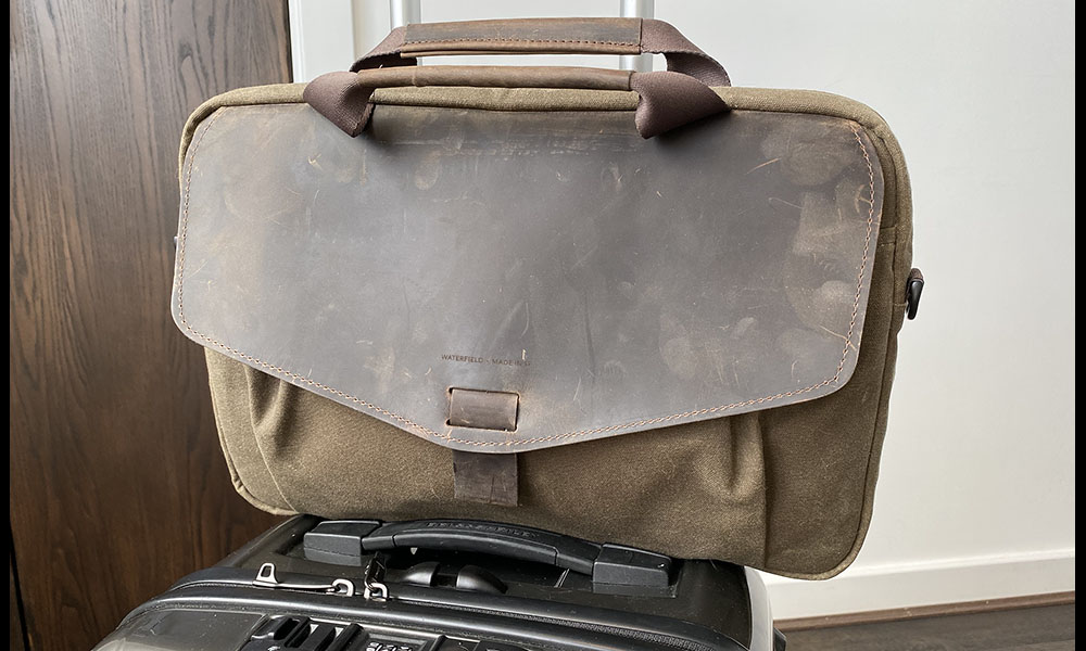 Waterfield Outback Duo on cabin bag