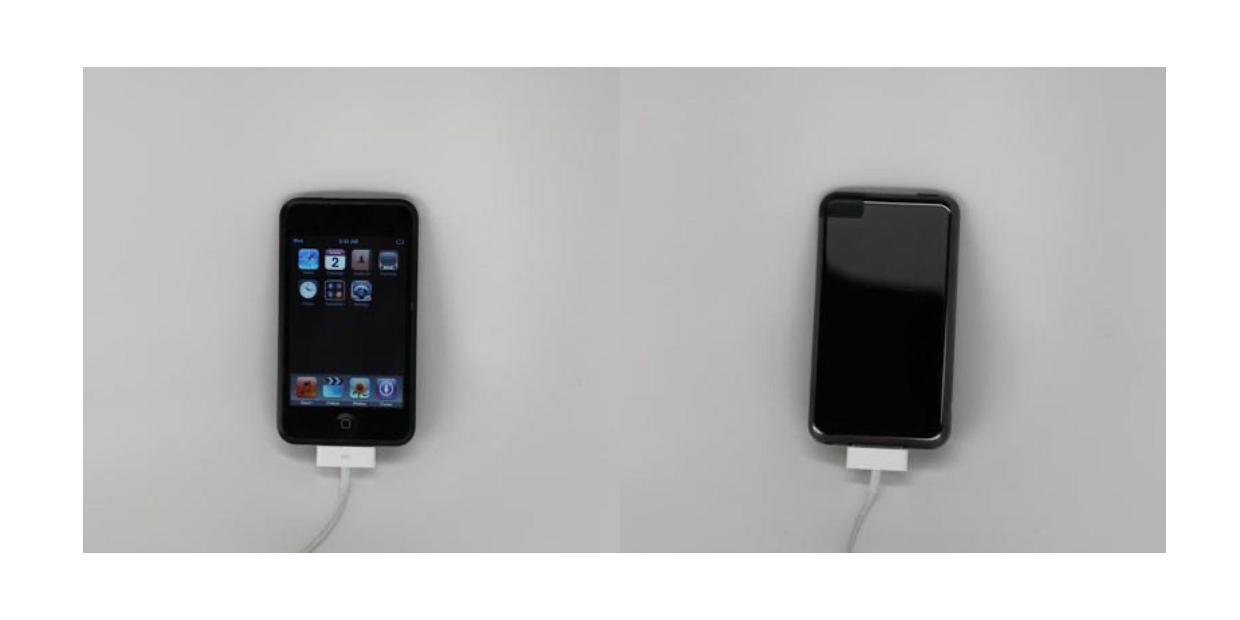 Images show unreleased first-gen iPod touch prototype with glossy black design