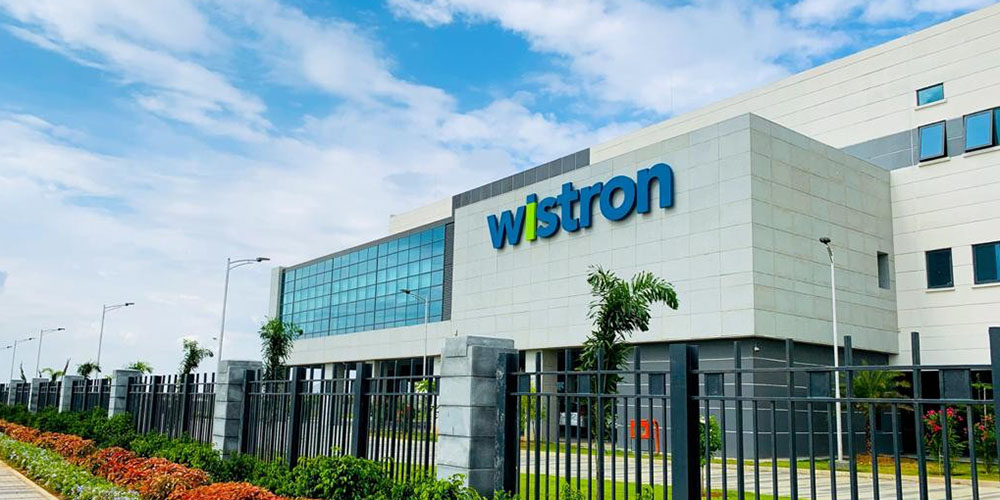 Indian iPhone production begins at Wistron plant as Apple's ambitions ramp up - 9to5Mac