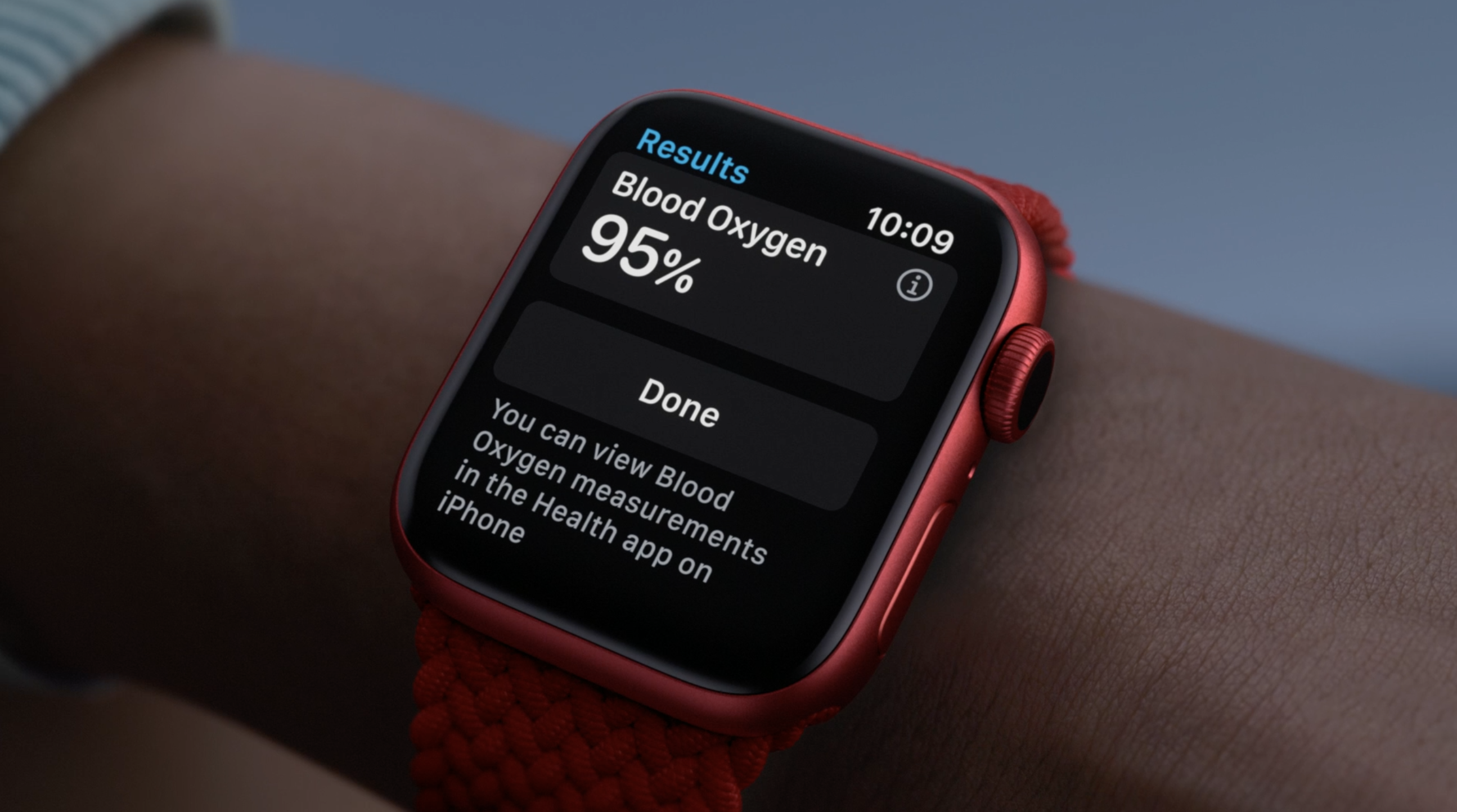 photo of PSA: watchOS 7.1 beta doesn't include new watch faces and Blood Oxygen app yet image