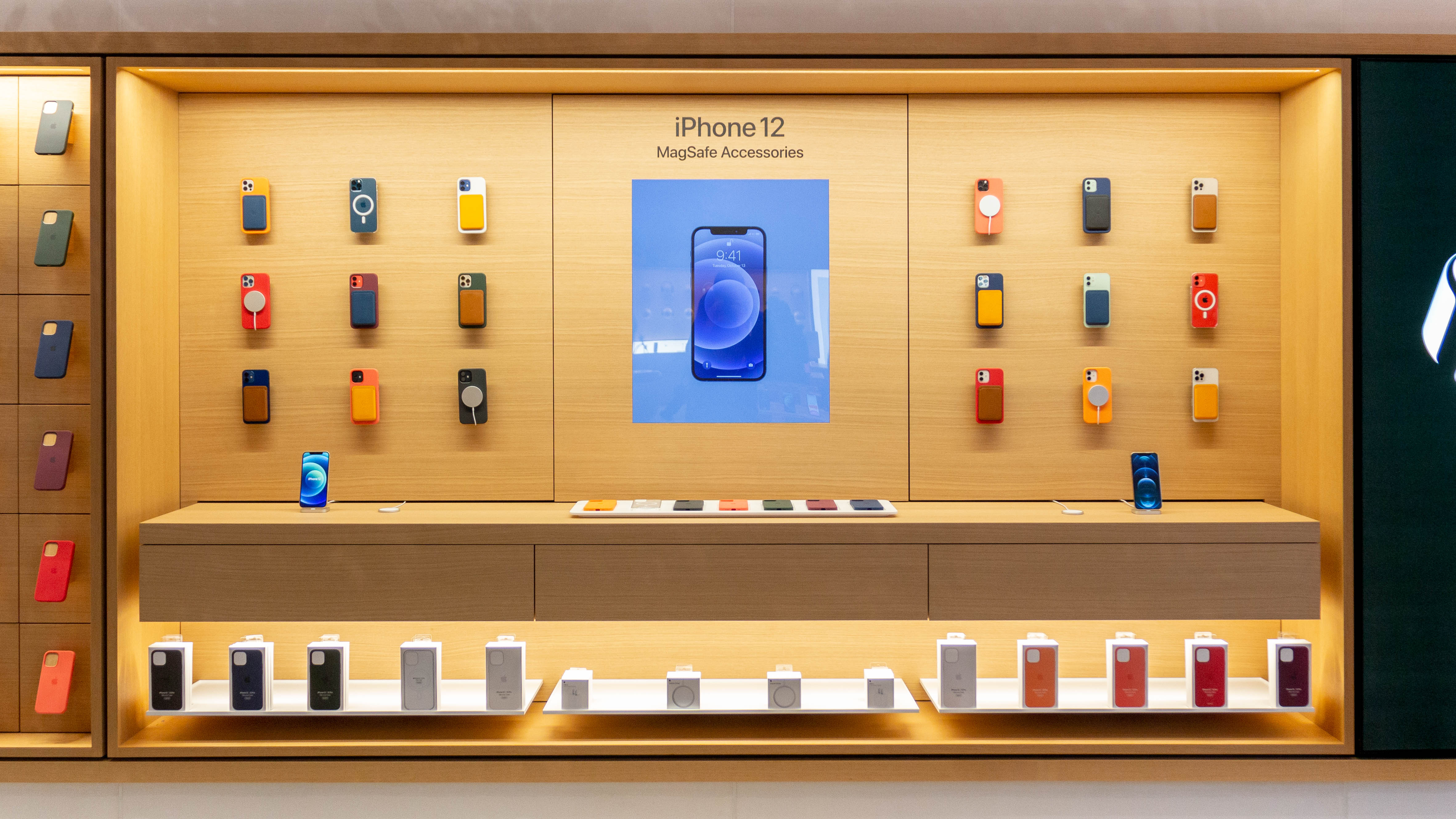 photo of Apple Stores highlight iPhone 12 MagSafe accessories with interactive displays image