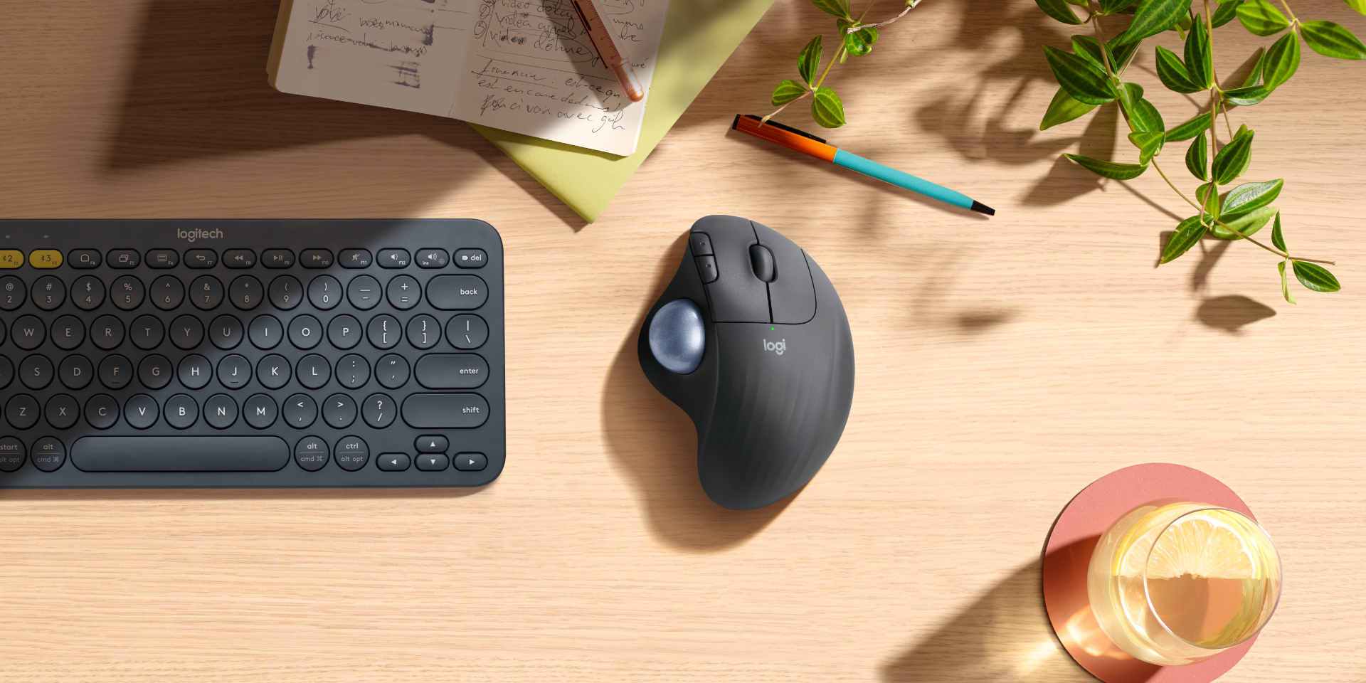 Logitech M575 Wireless Trackball rato bluetooth