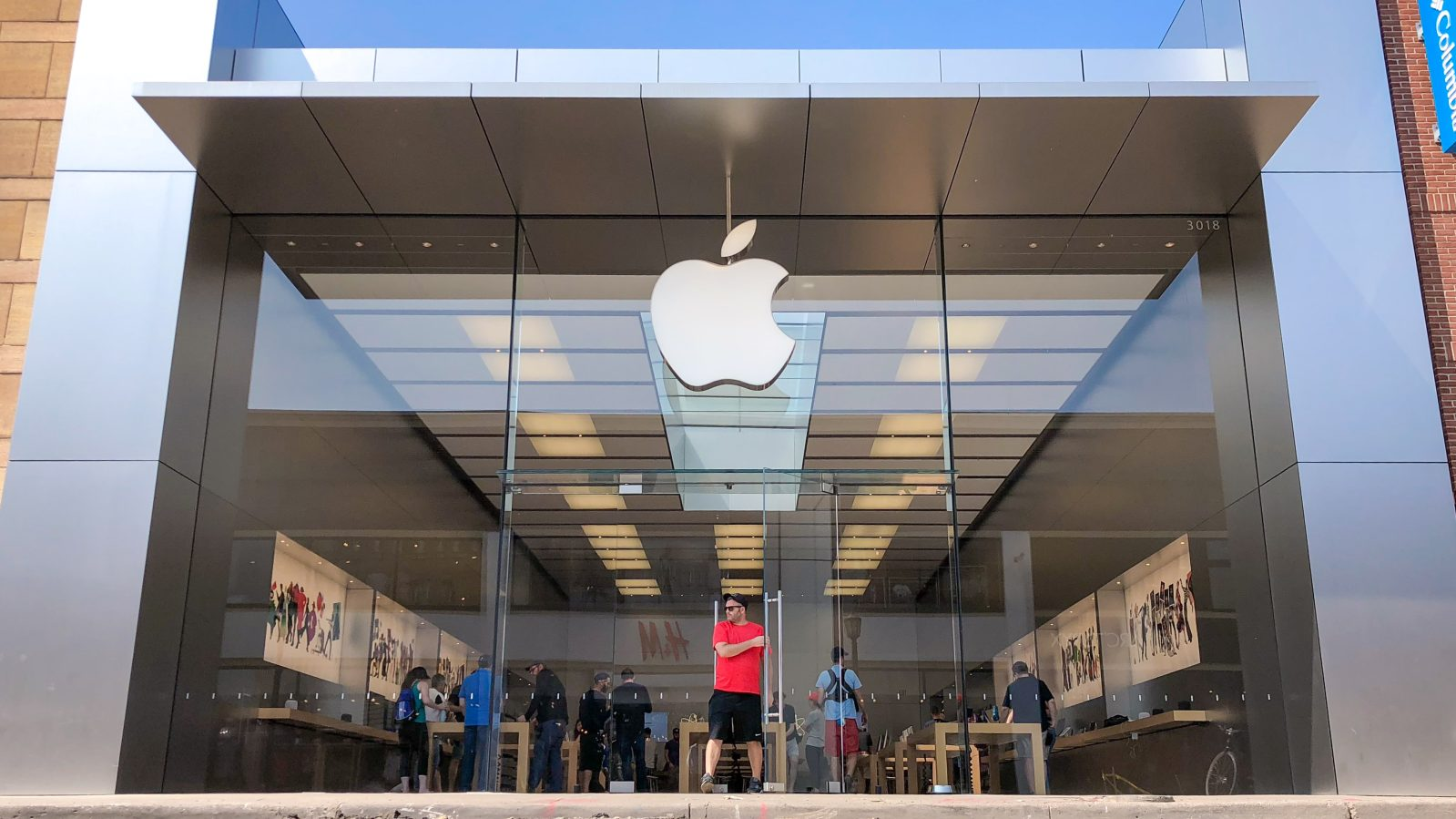 Apple Uptown in Minneapolis has permanently closed