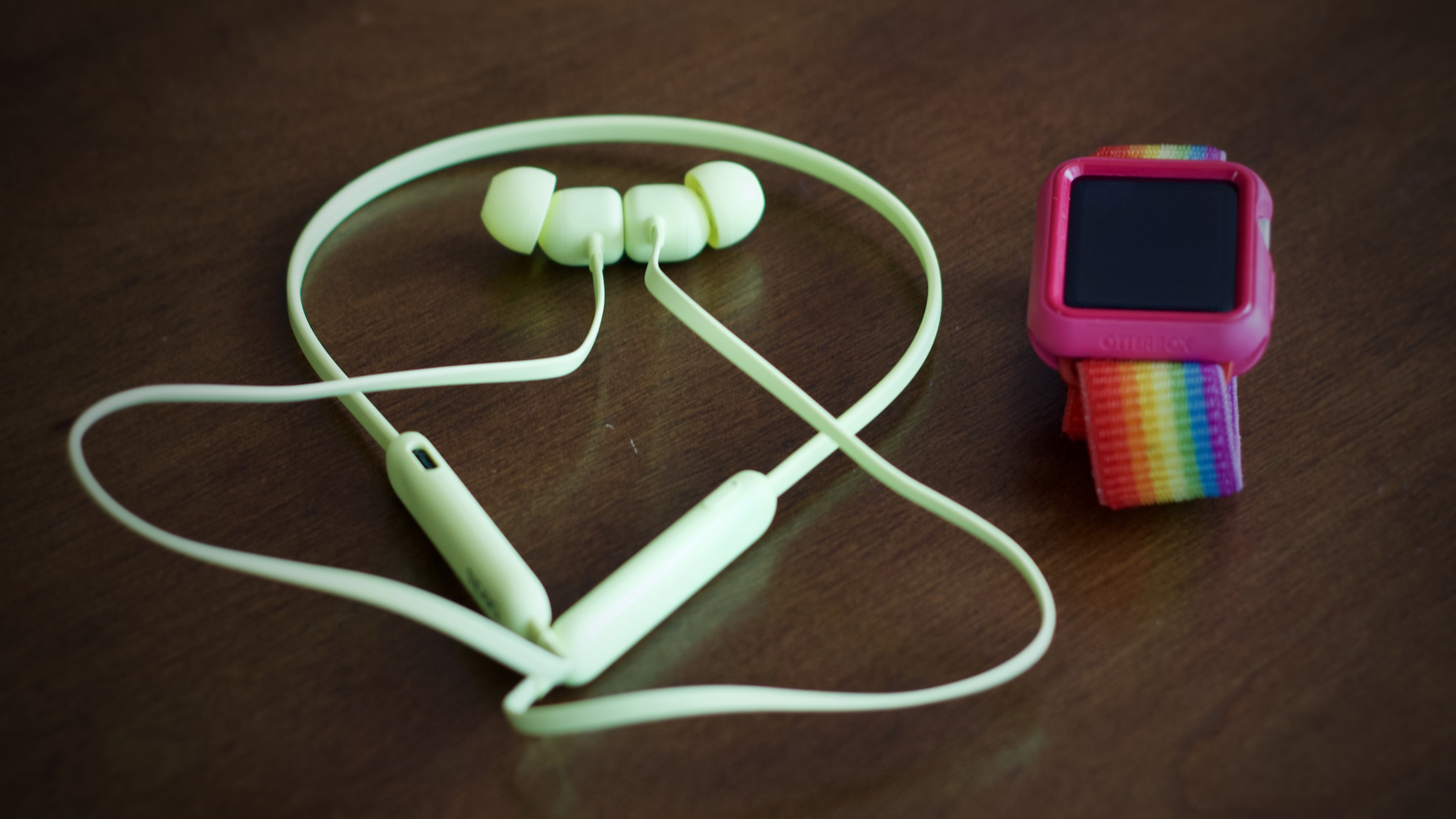 photo of Review: $49 Beats Flex with Apple W1 chip are great starter wireless headphones for all ages image