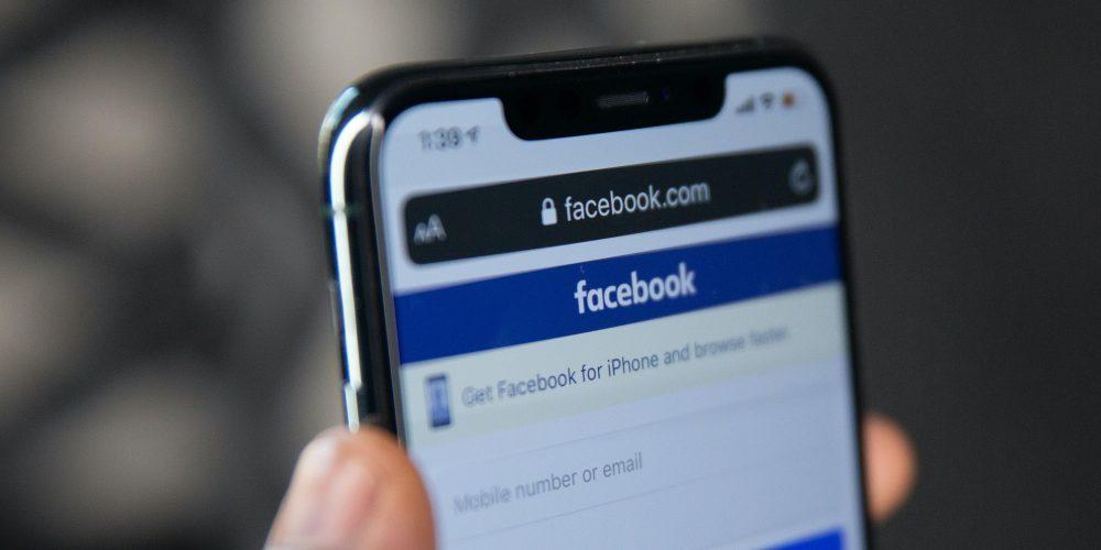 f versus Facebook