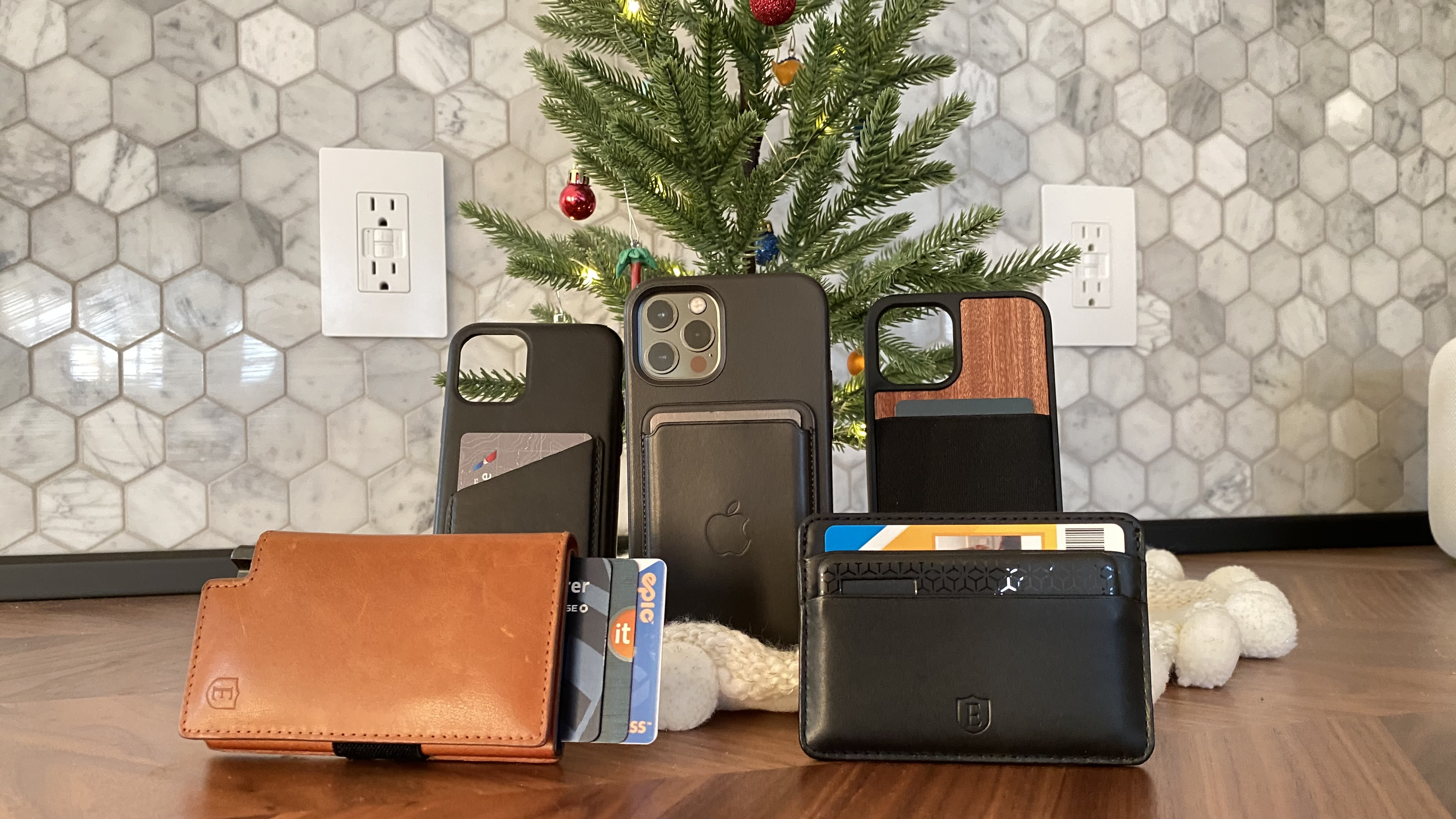iPhone wallets gift guide smart wallets, more