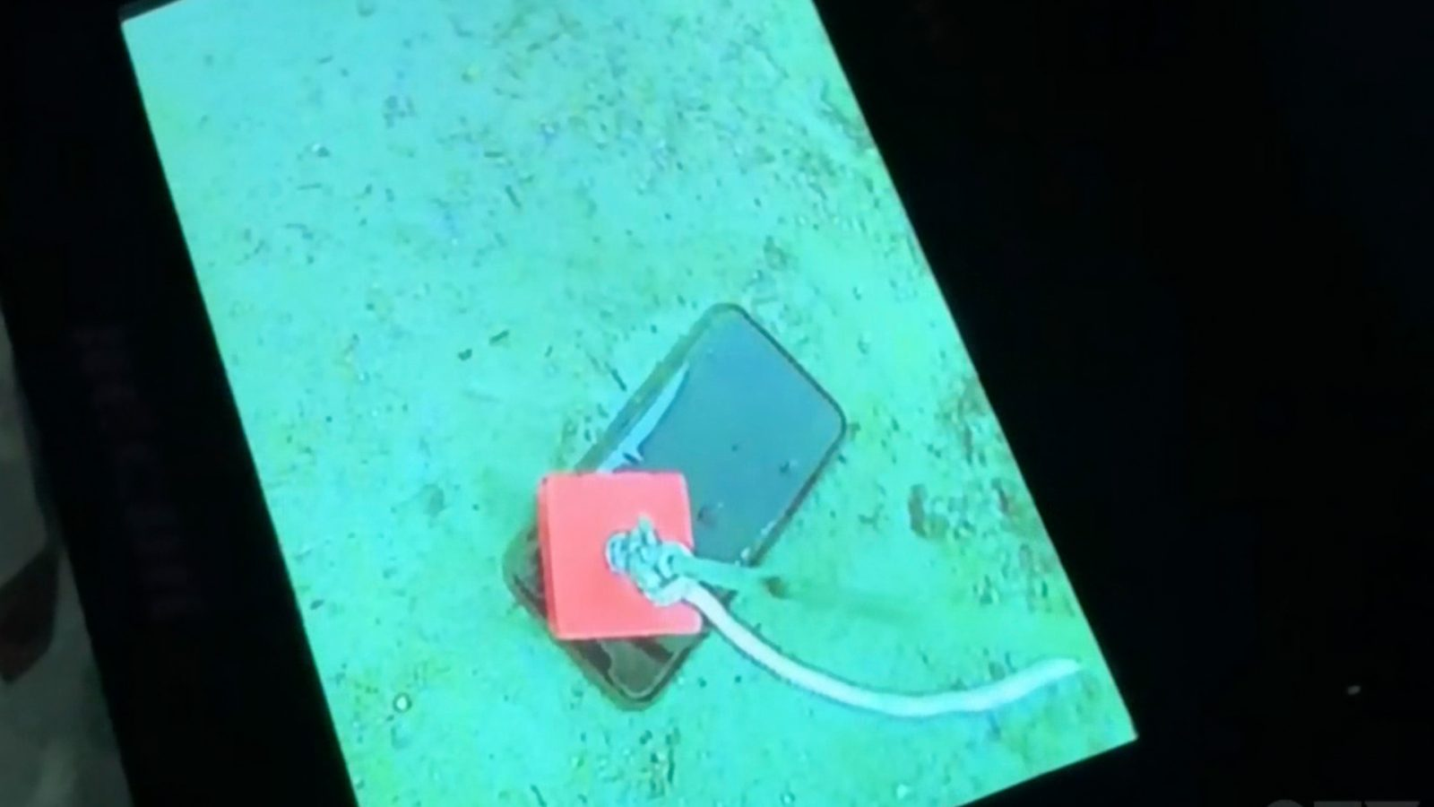 iPhone 11 Pro survives 30-day dive in a deep-freezing lake [Video]