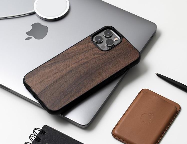 Coque en bois Oakywood MagSafe pour iPhone 13