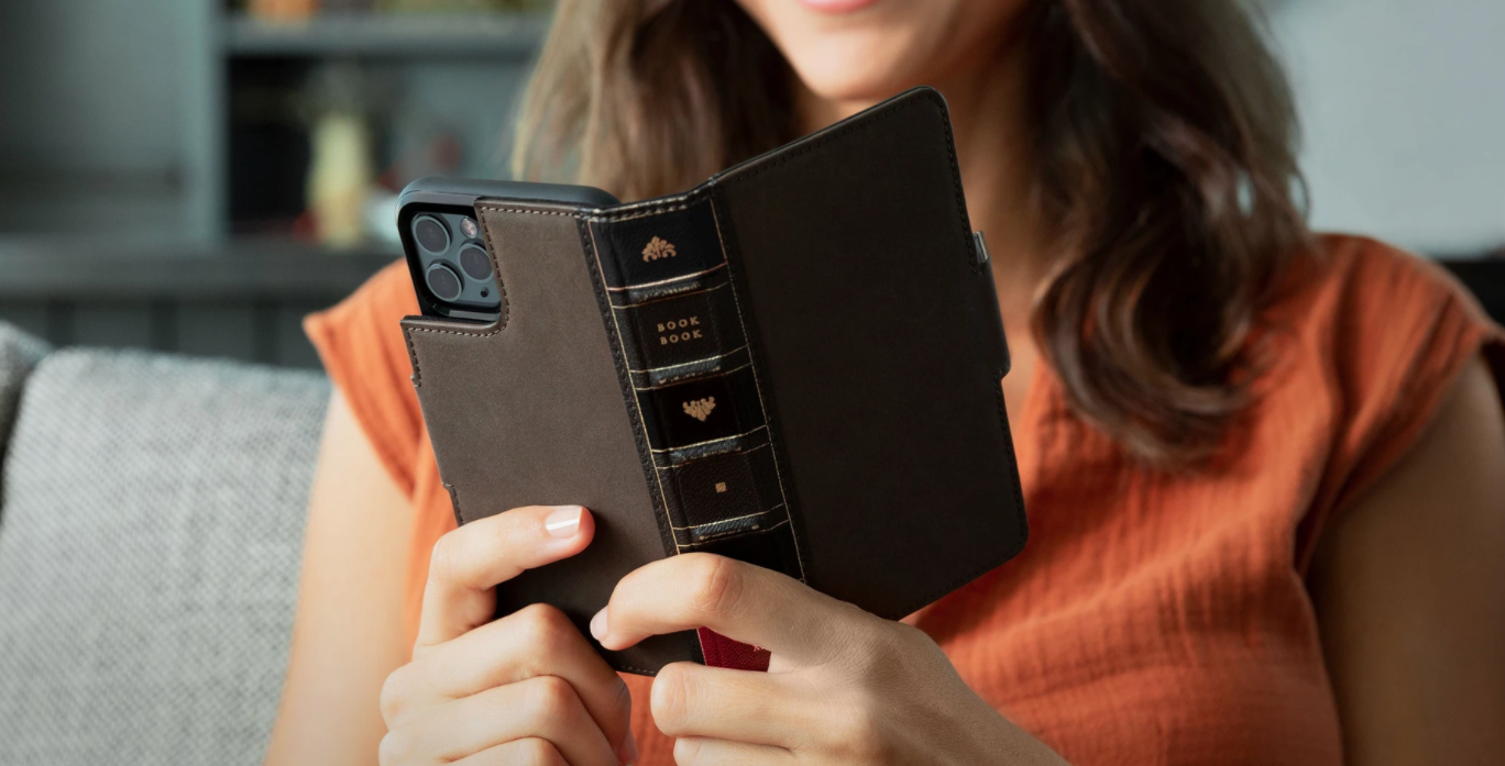 Twelve southern cases for iPhone 13